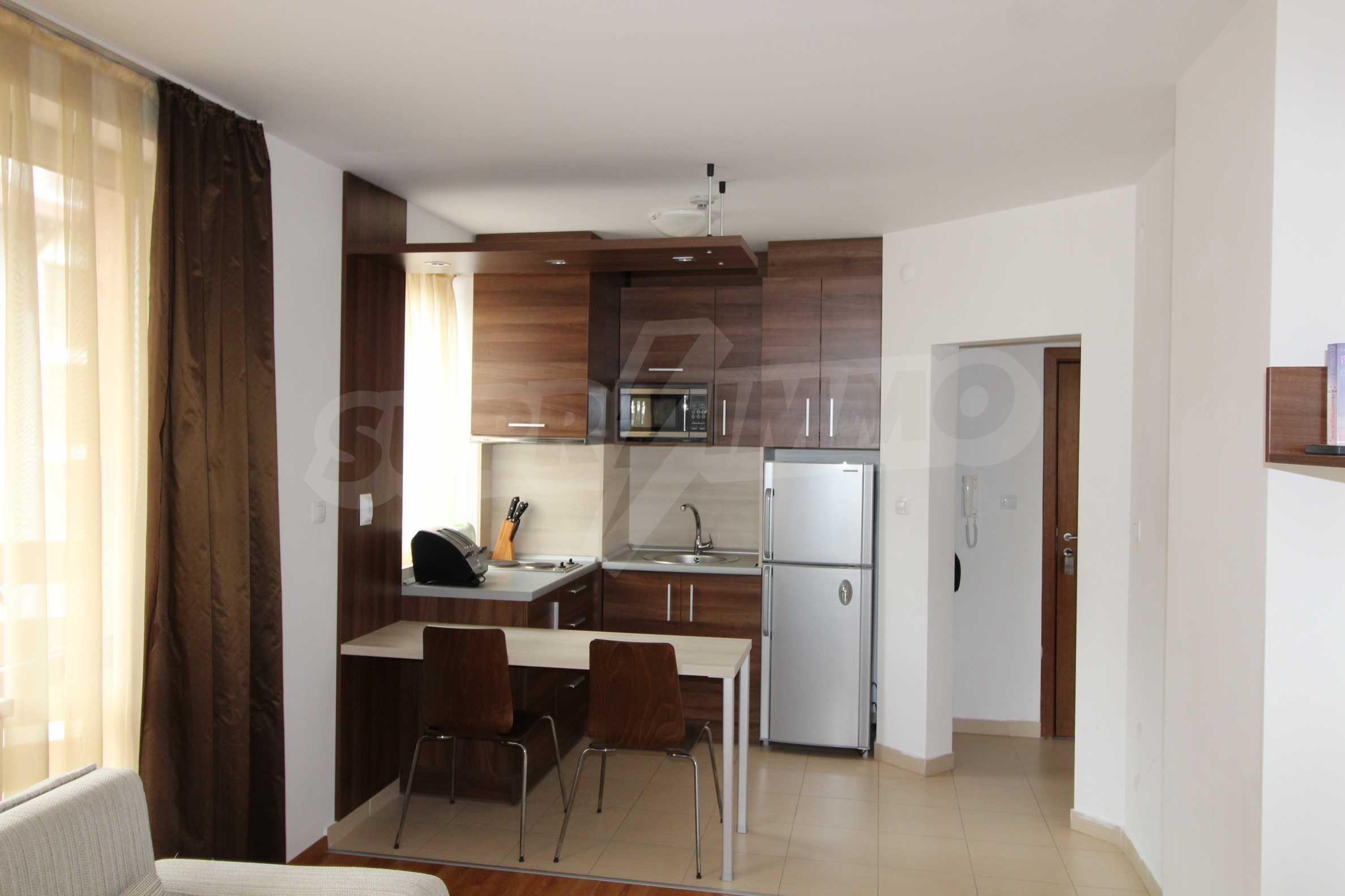 Двустаен апартамент с модерно обзавеждане в Банско 4