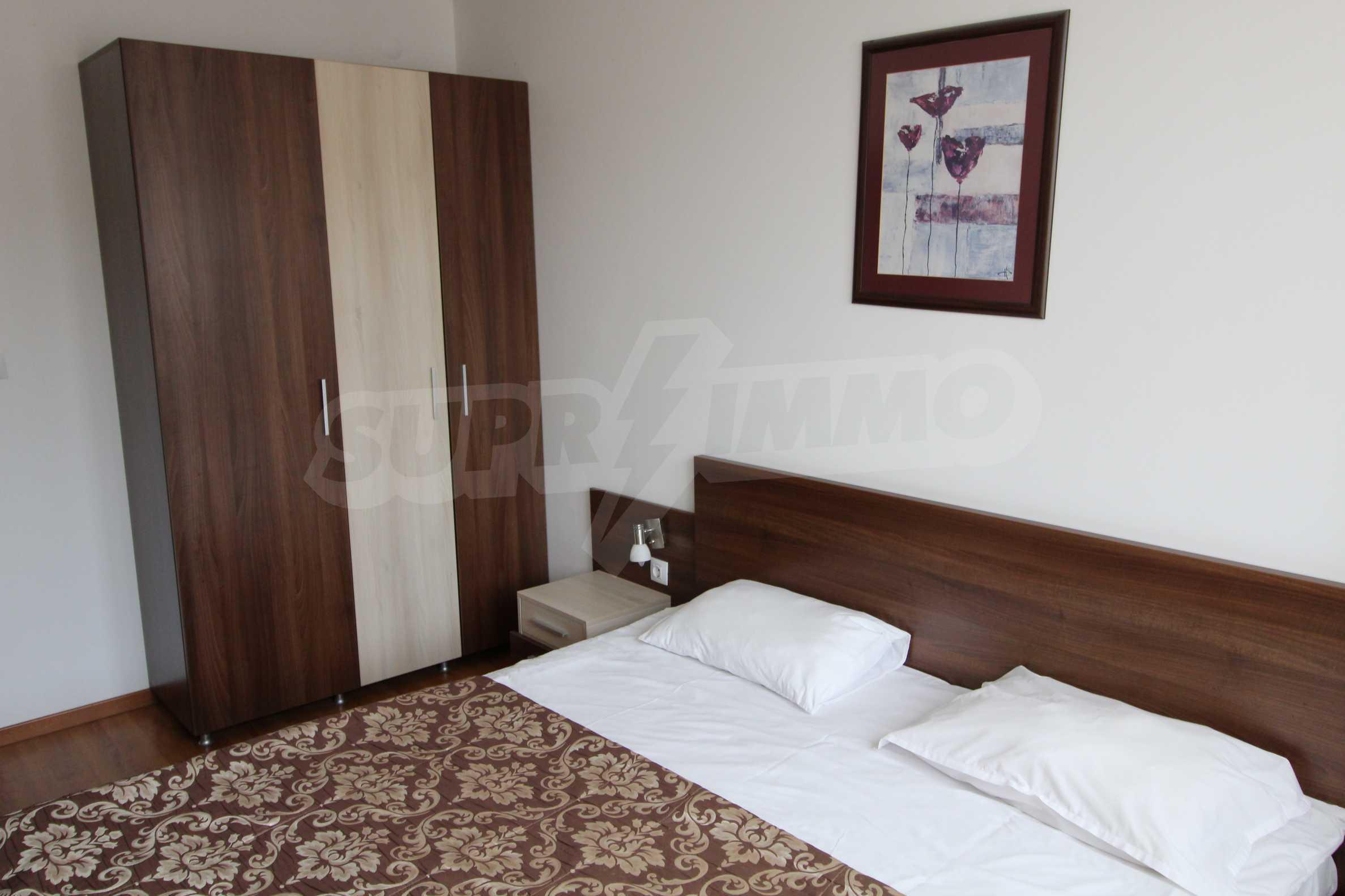 Двустаен апартамент с модерно обзавеждане в Банско 6