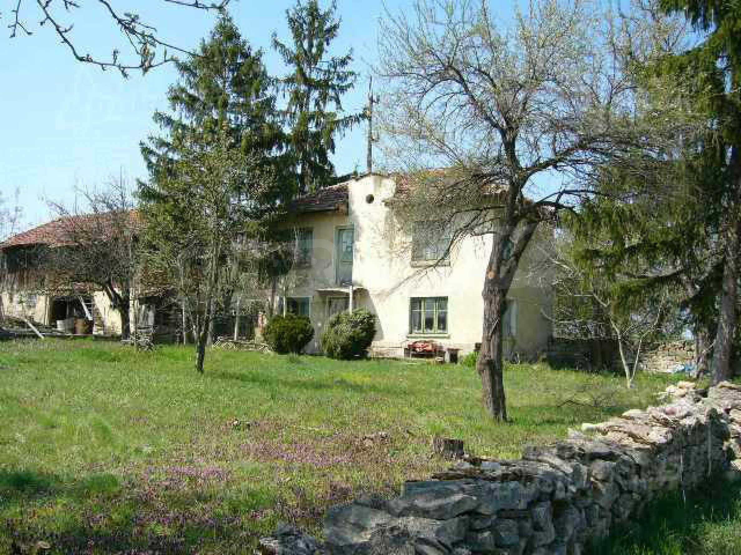 Haus zur Renovierung in der Gegend von Sevlievo und Lovech 3