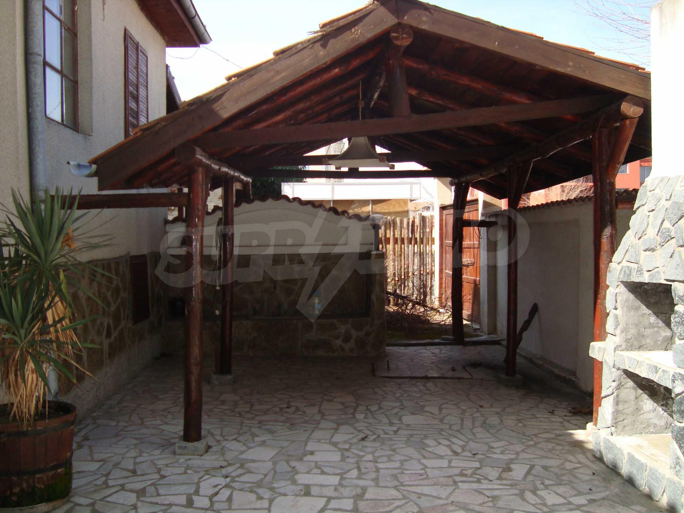 Haus zum Verkauf im Zentrum von Lozenets 5
