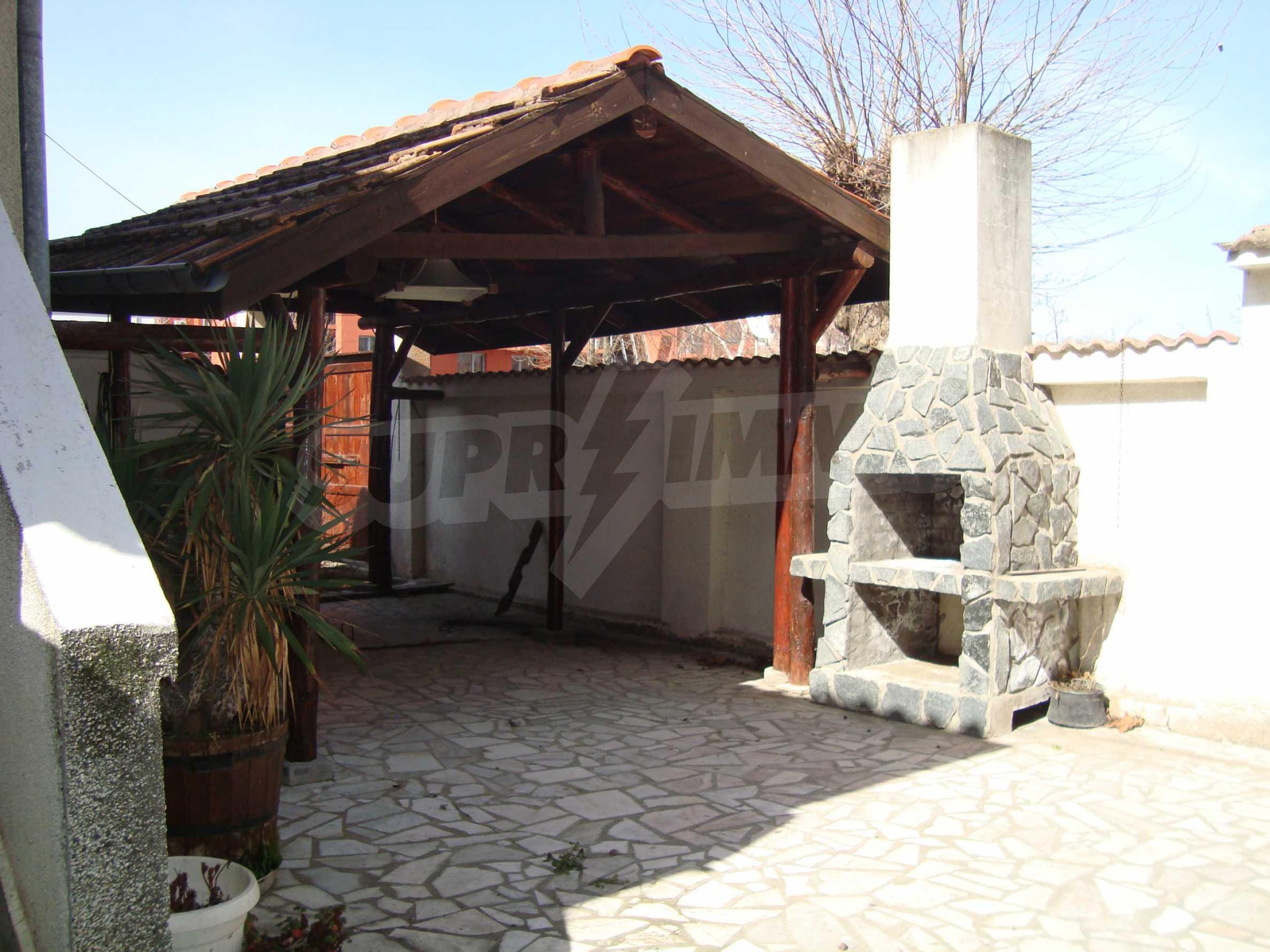 Haus zum Verkauf im Zentrum von Lozenets 6