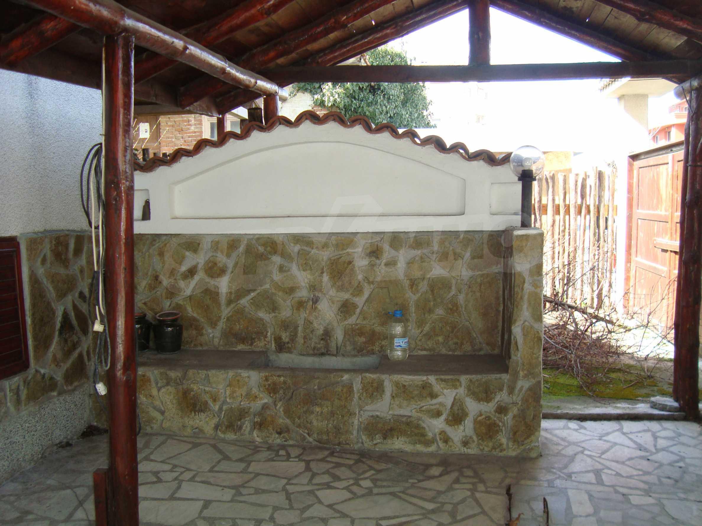 Haus zum Verkauf im Zentrum von Lozenets 8