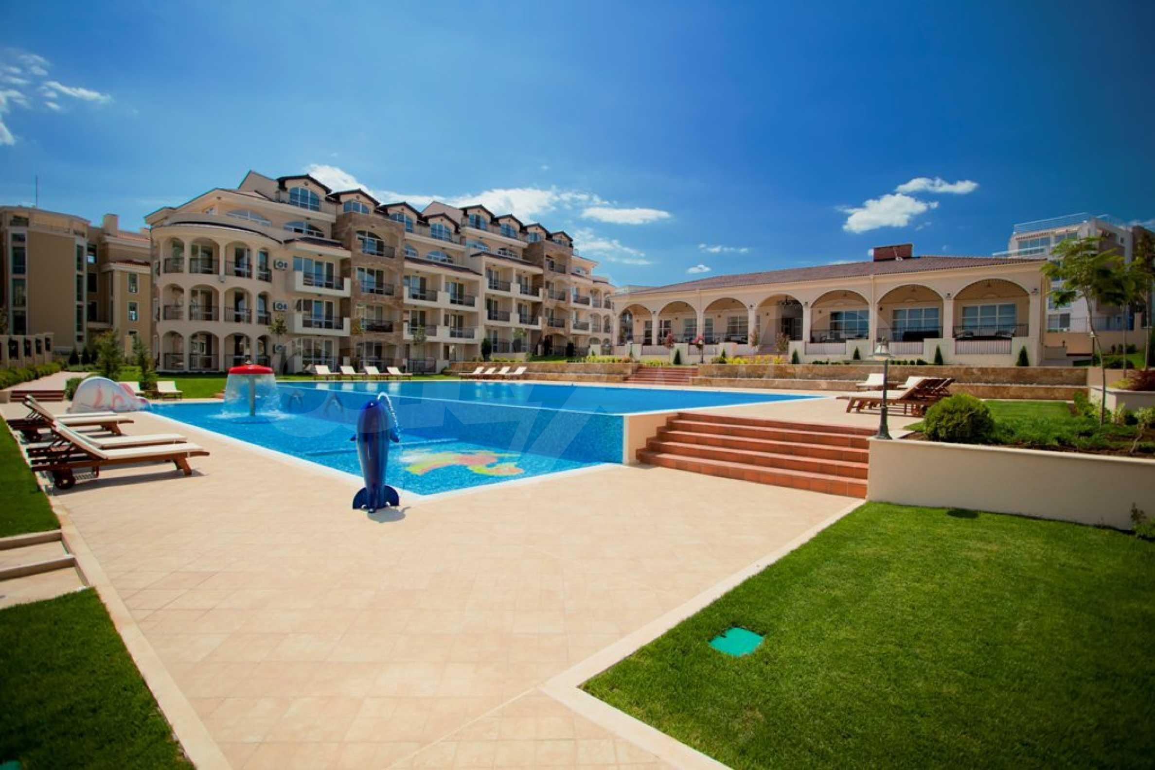 New apartment complex Atia resort in Chernomorets 11