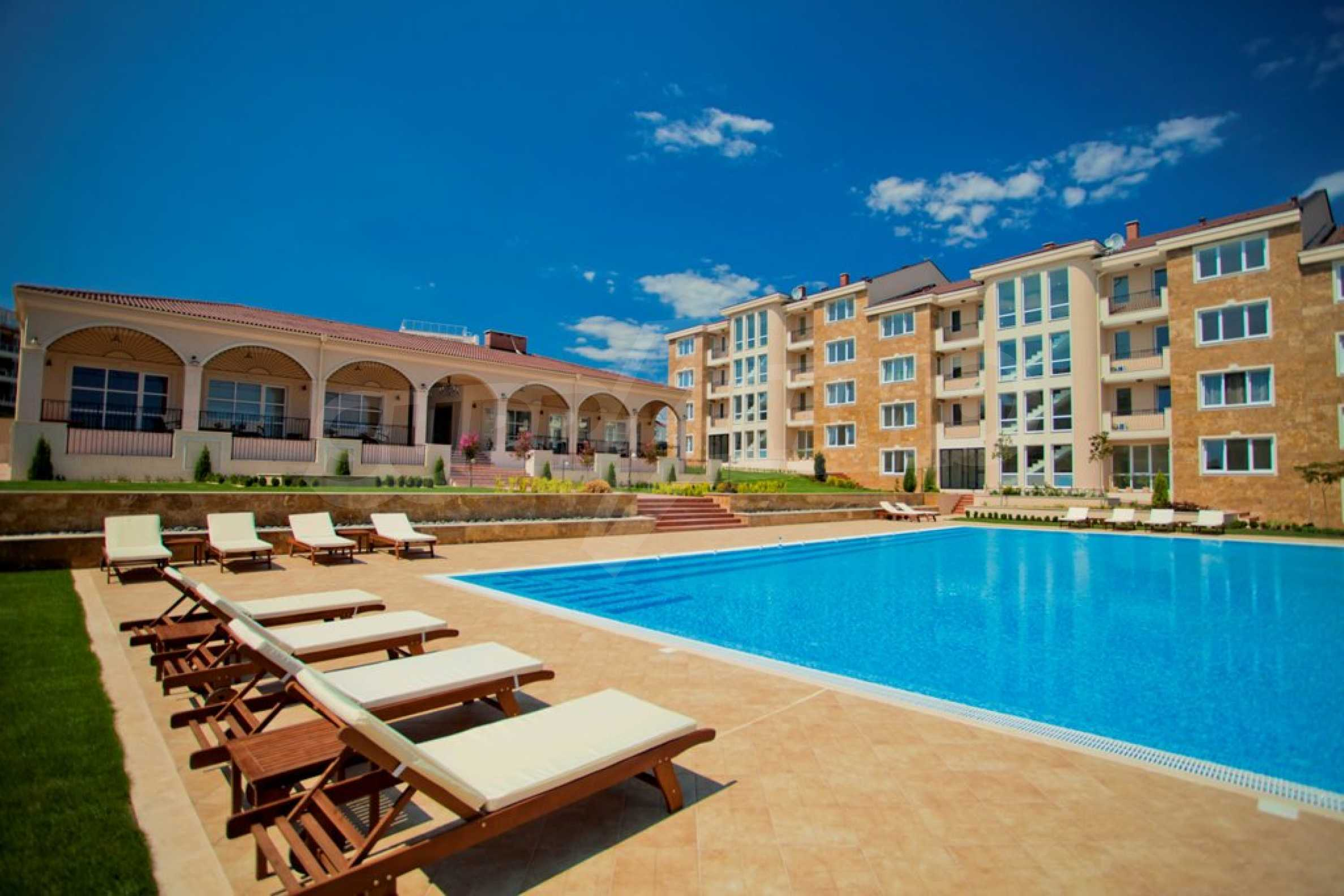 New apartment complex Atia resort in Chernomorets 5