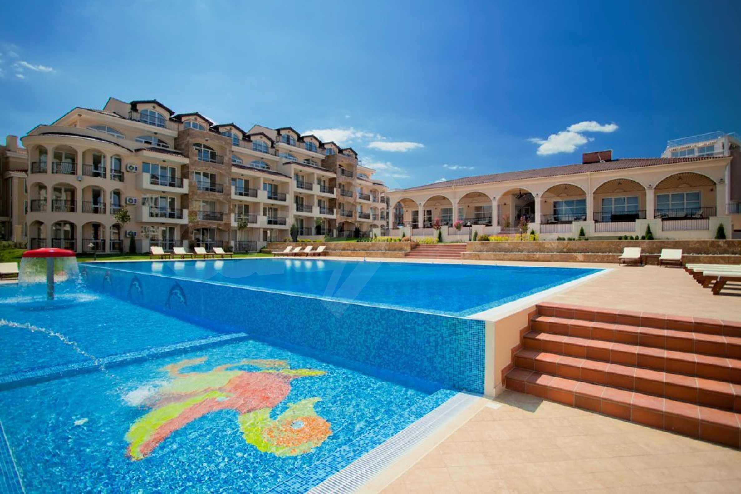 New apartment complex Atia resort in Chernomorets 10