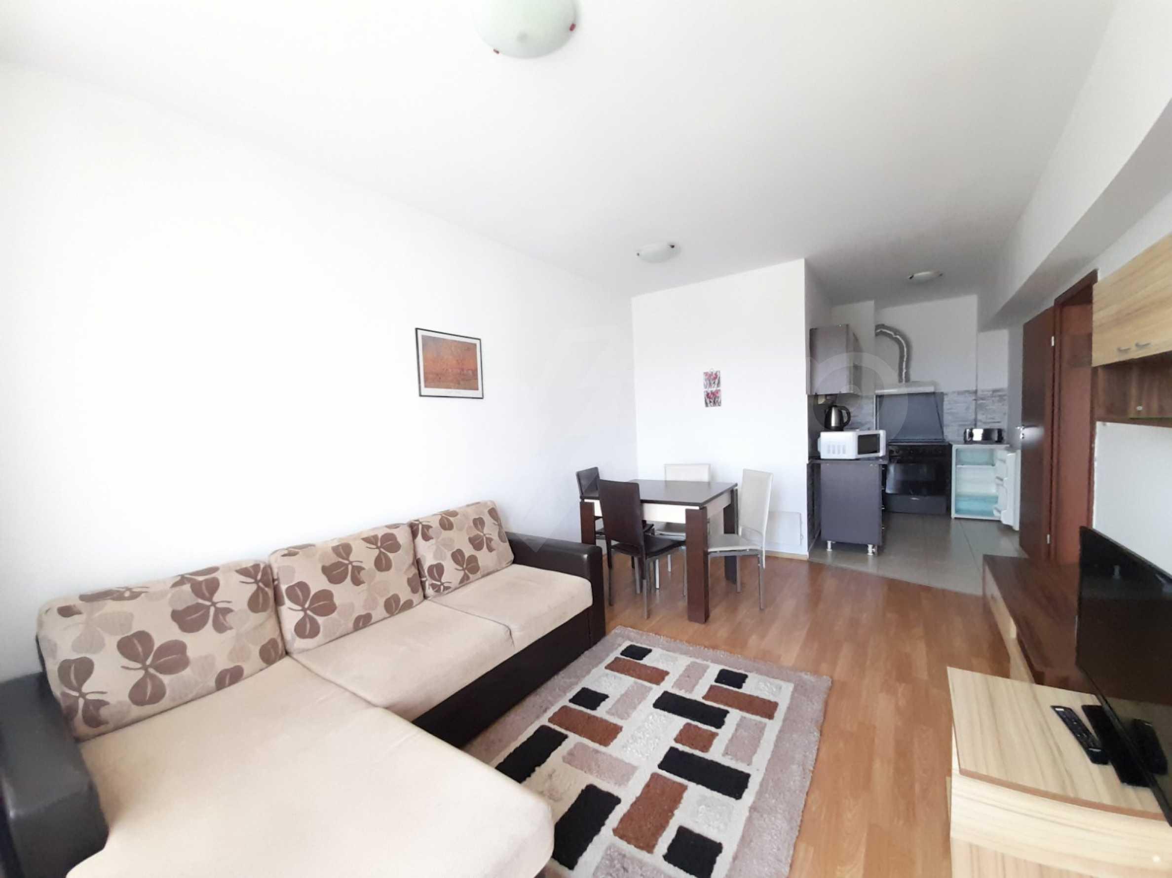 Уютен двустаен апартамент, разположен в комплекс Топ Лодж, само на метри от ски лифта в Банско 1