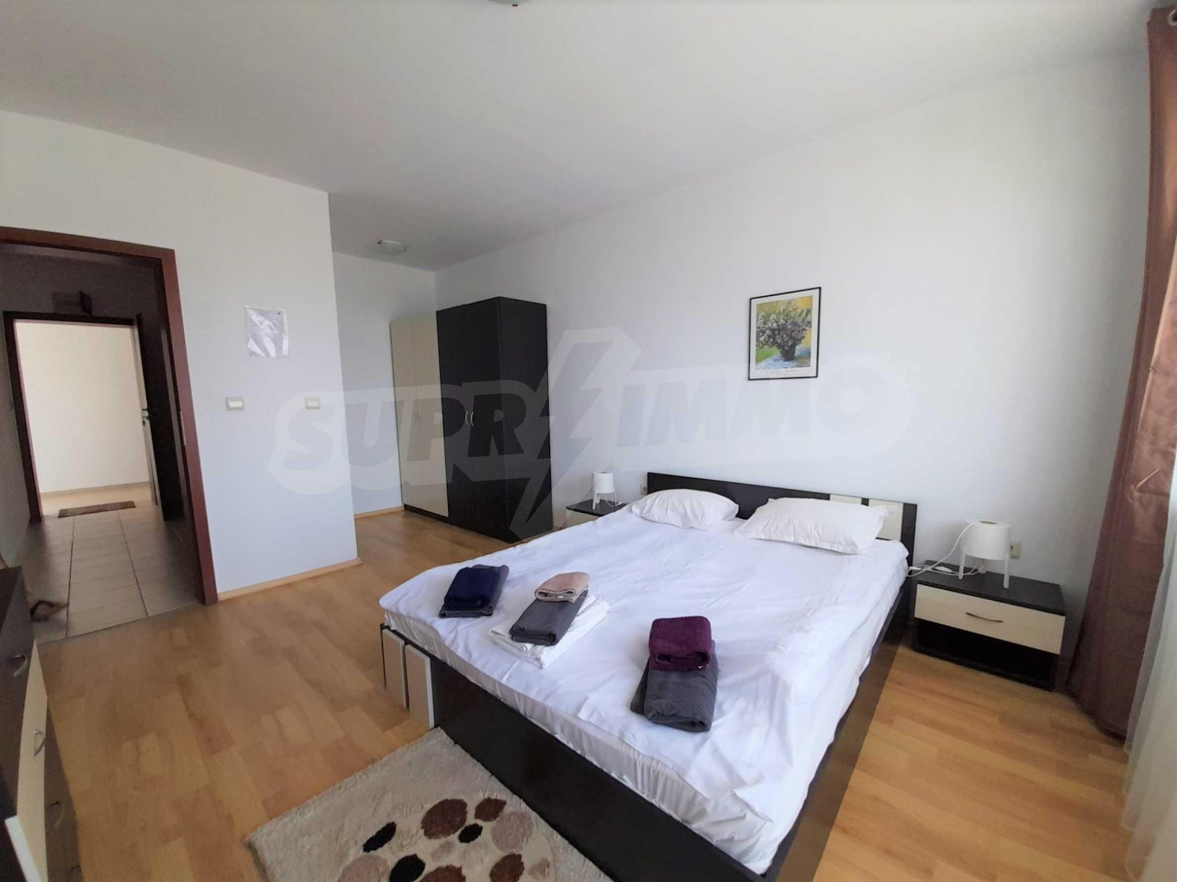 Уютен двустаен апартамент, разположен в комплекс Топ Лодж, само на метри от ски лифта в Банско 3