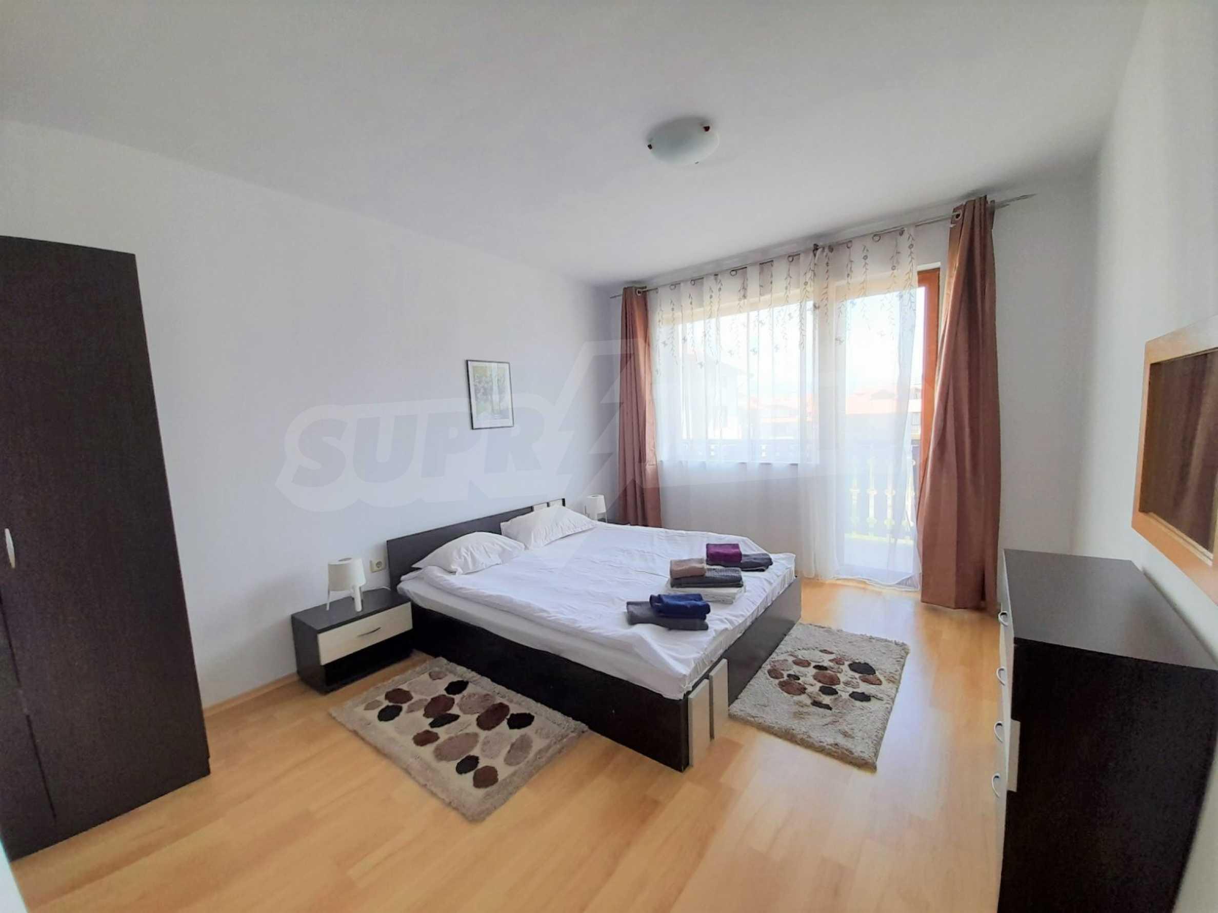 Уютен двустаен апартамент, разположен в комплекс Топ Лодж, само на метри от ски лифта в Банско 4