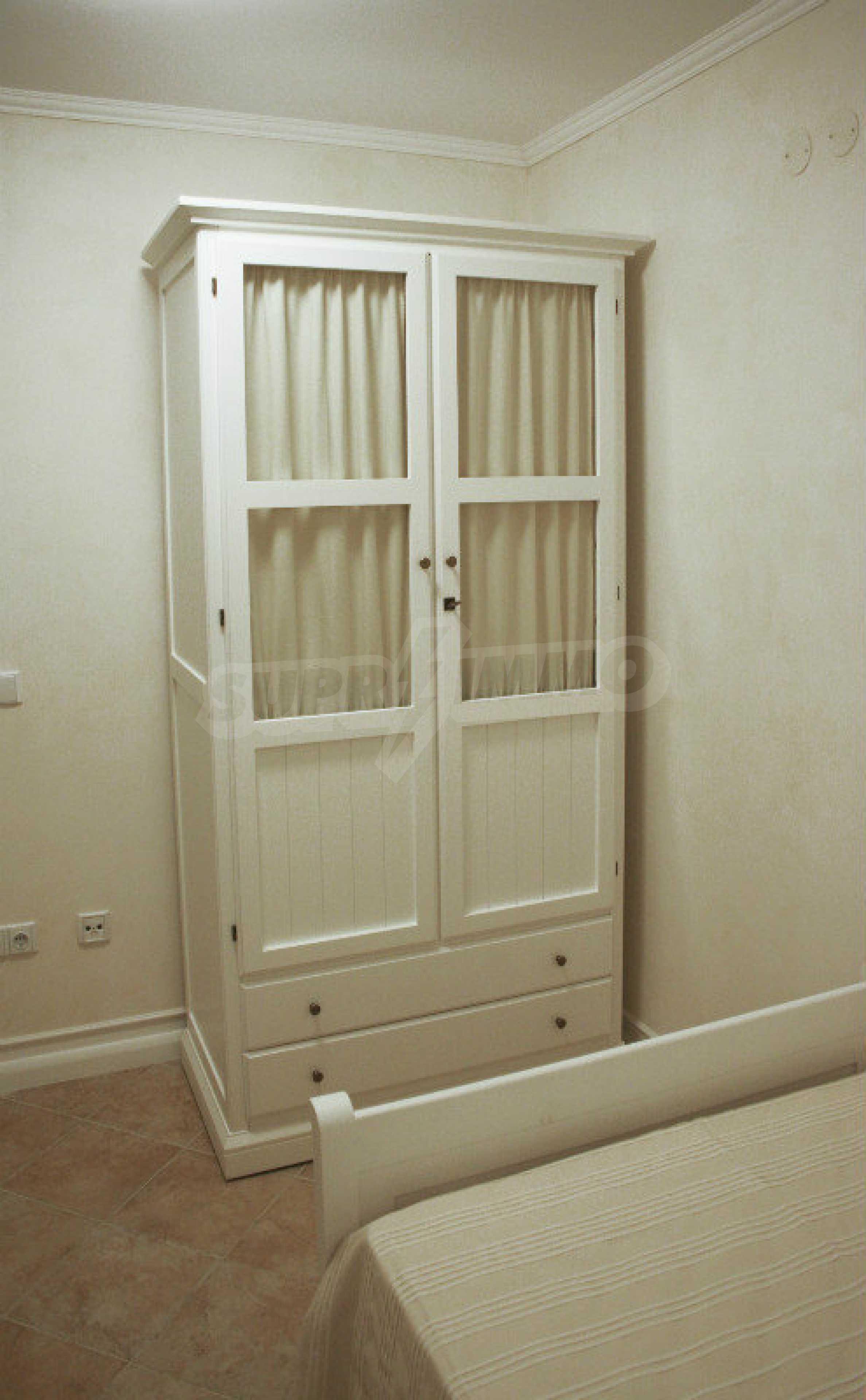 Zwei-Zimmer-Wohnung in einem Komplex in erster Linie in Lozenets 8
