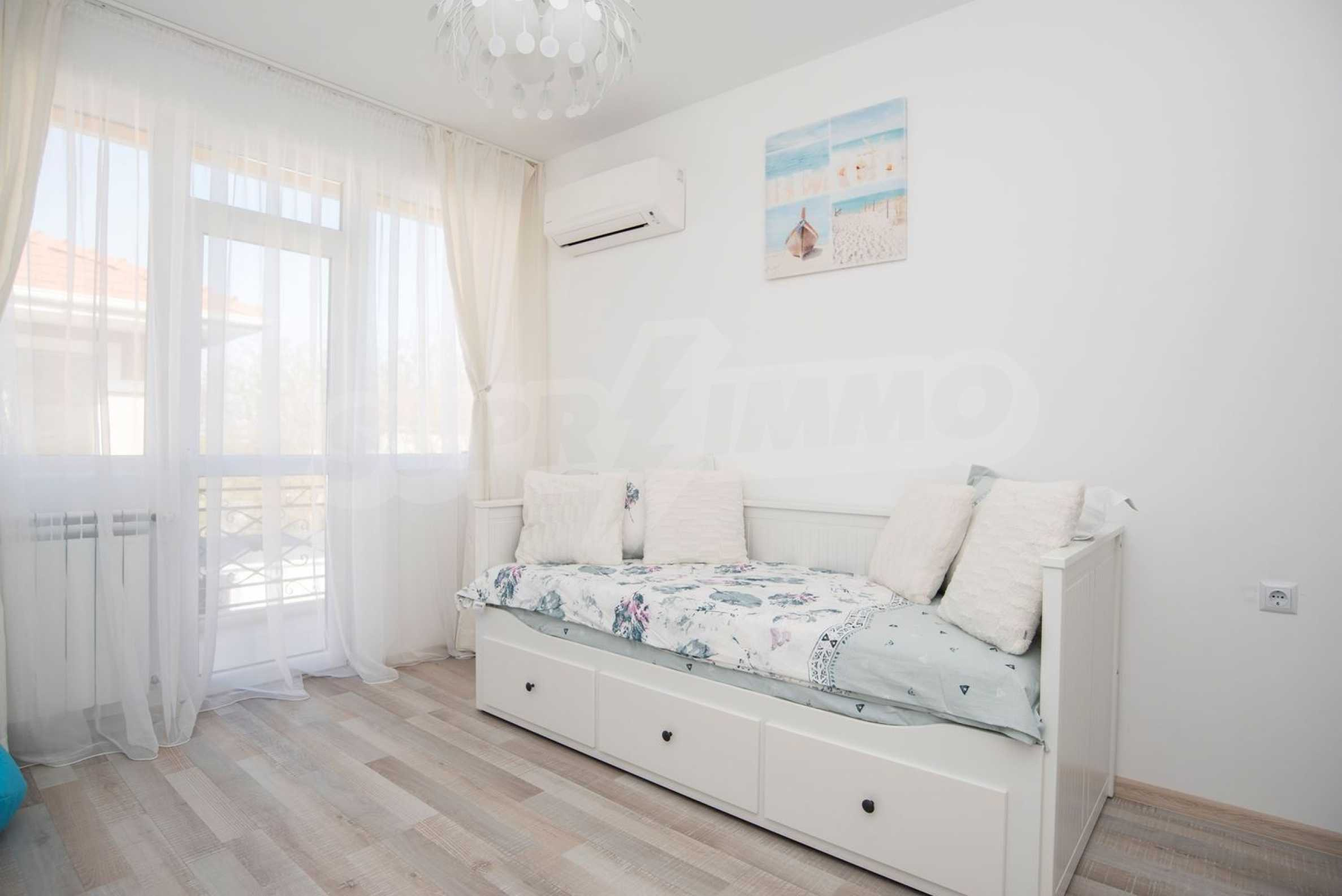 """Villa """"Charming Sun"""" - beautiful garden and pool, sea view and vintage interior 23"""