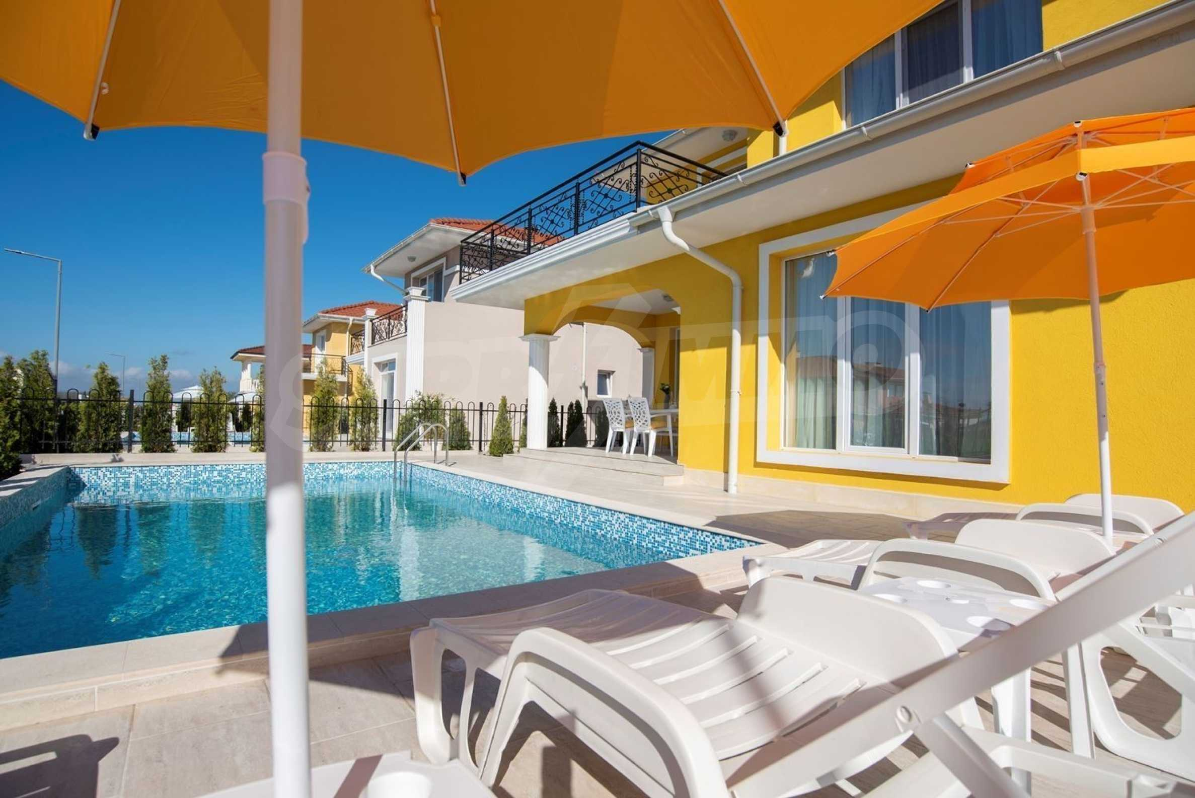 """Villa """"Charming Sun"""" - beautiful garden and pool, sea view and vintage interior 3"""