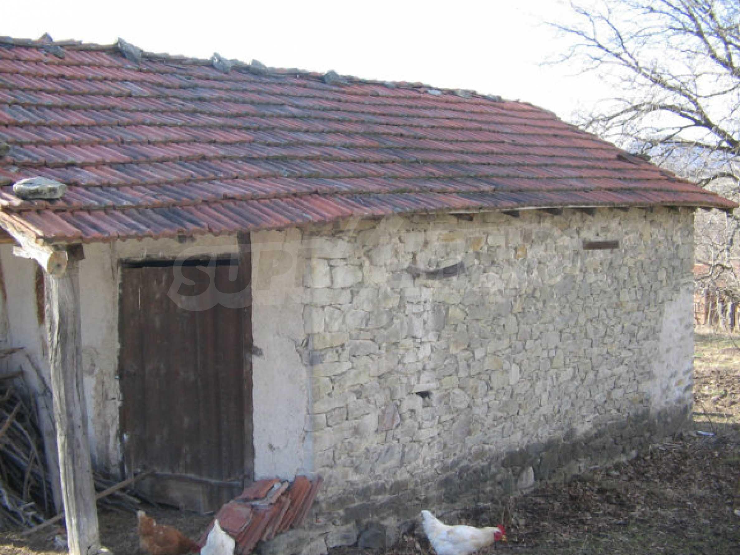 Ein Grundstück zum Verkauf in einem Dorf 32 km von Kardjali entfernt 3