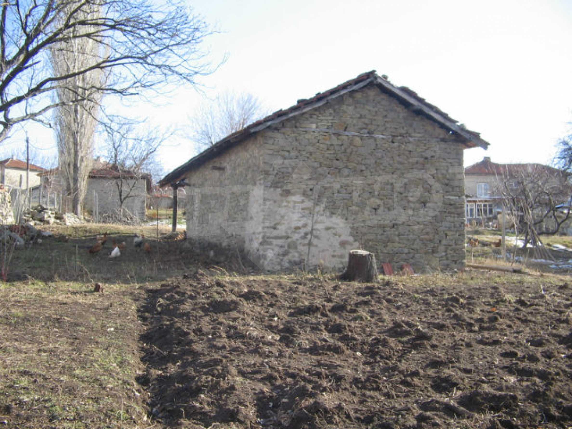 Ein Grundstück zum Verkauf in einem Dorf 32 km von Kardjali entfernt 5