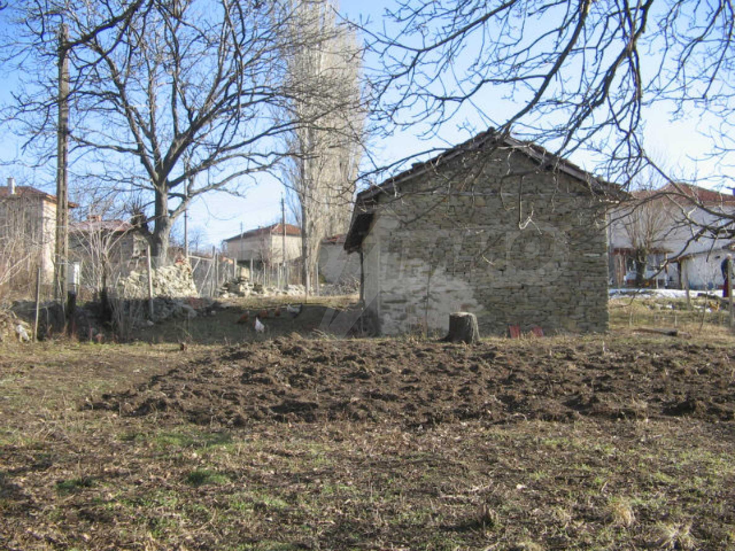 Ein Grundstück zum Verkauf in einem Dorf 32 km von Kardjali entfernt 6