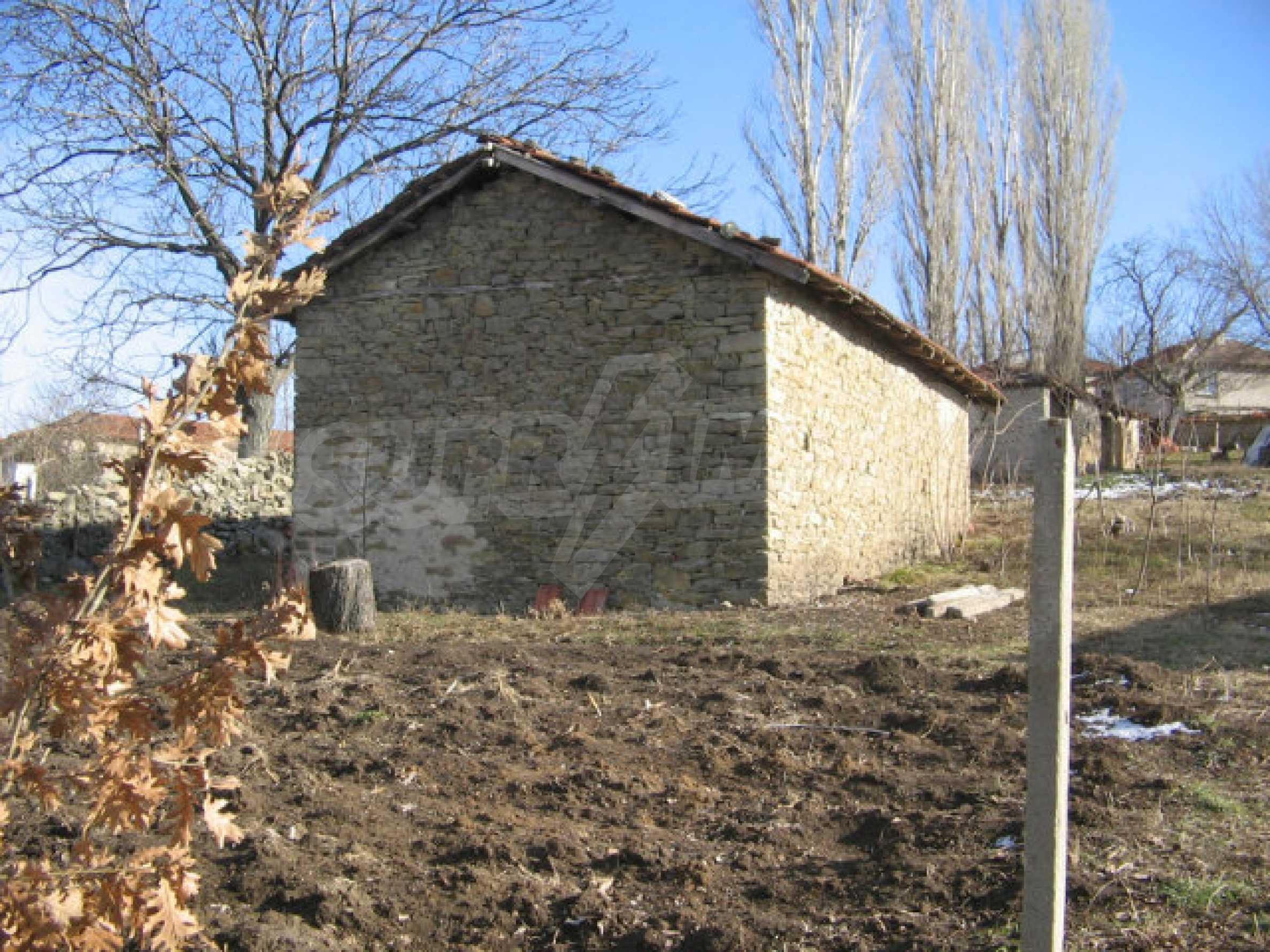 Ein Grundstück zum Verkauf in einem Dorf 32 km von Kardjali entfernt 7