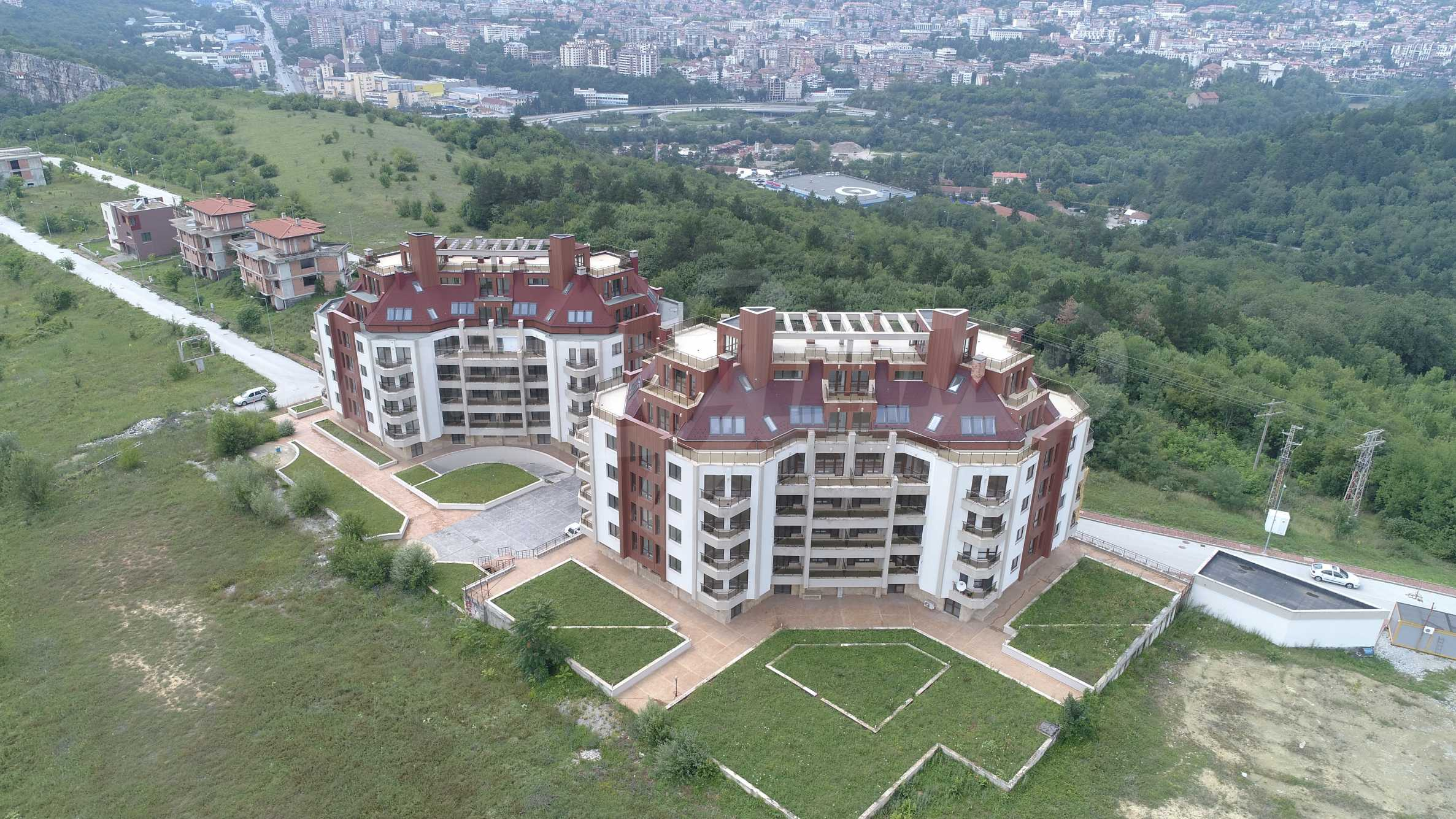 Велико Тырново Хилс 48