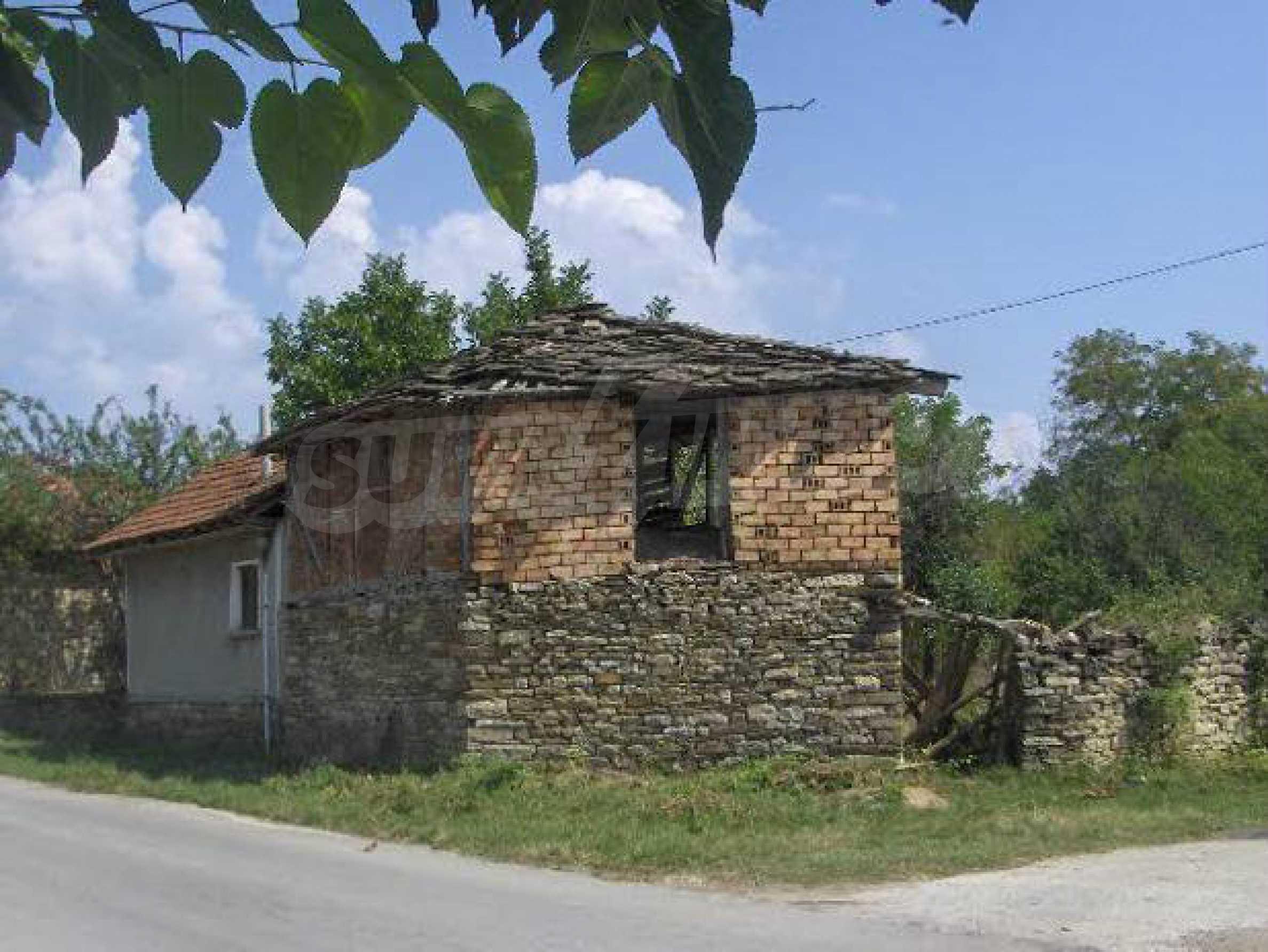Einstöckiges Haus mit Garten 12 km von der Stadt Sevlievo entfernt 1