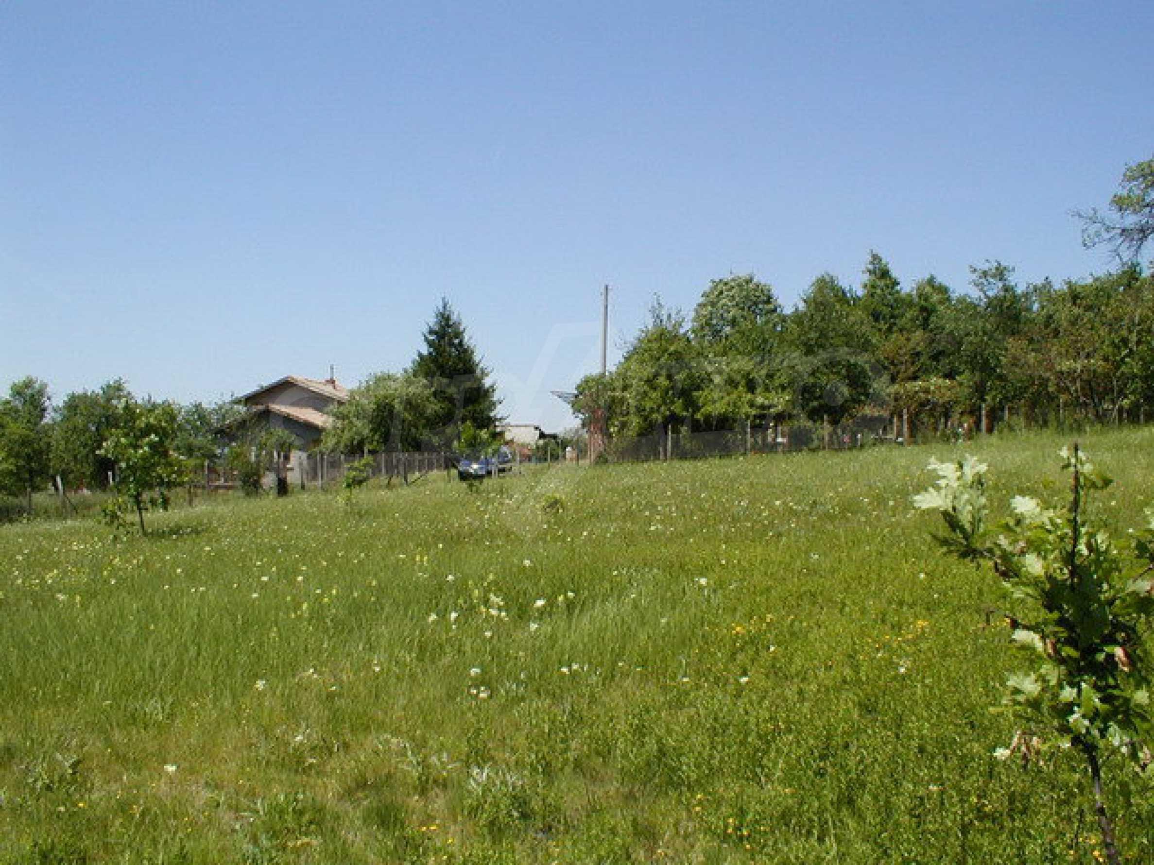 Geregeltes Grundstück in einem Dorf in der Nähe von Gabrovo 4