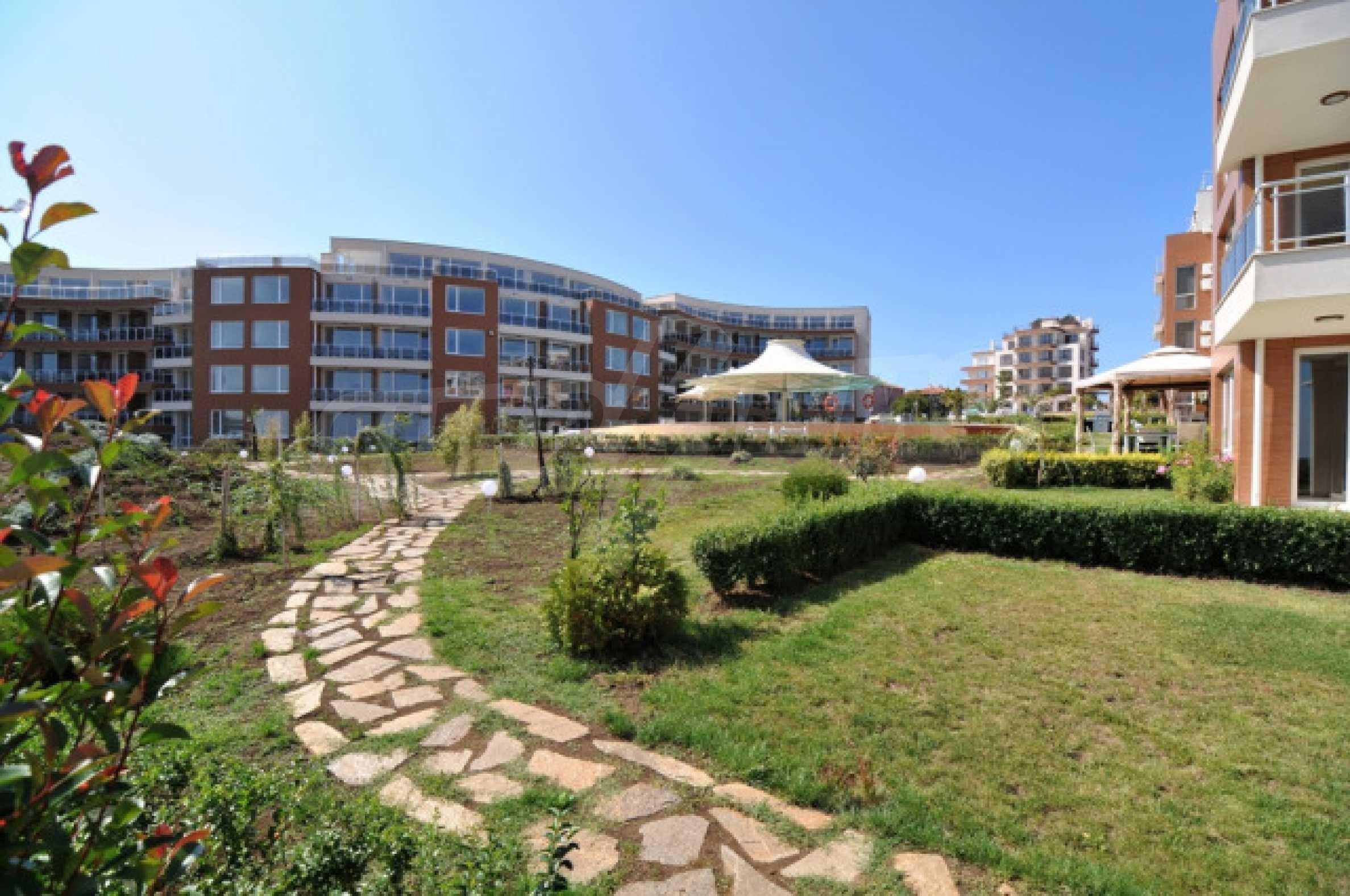 Комплекс «Sunny Island» в Черноморец 18
