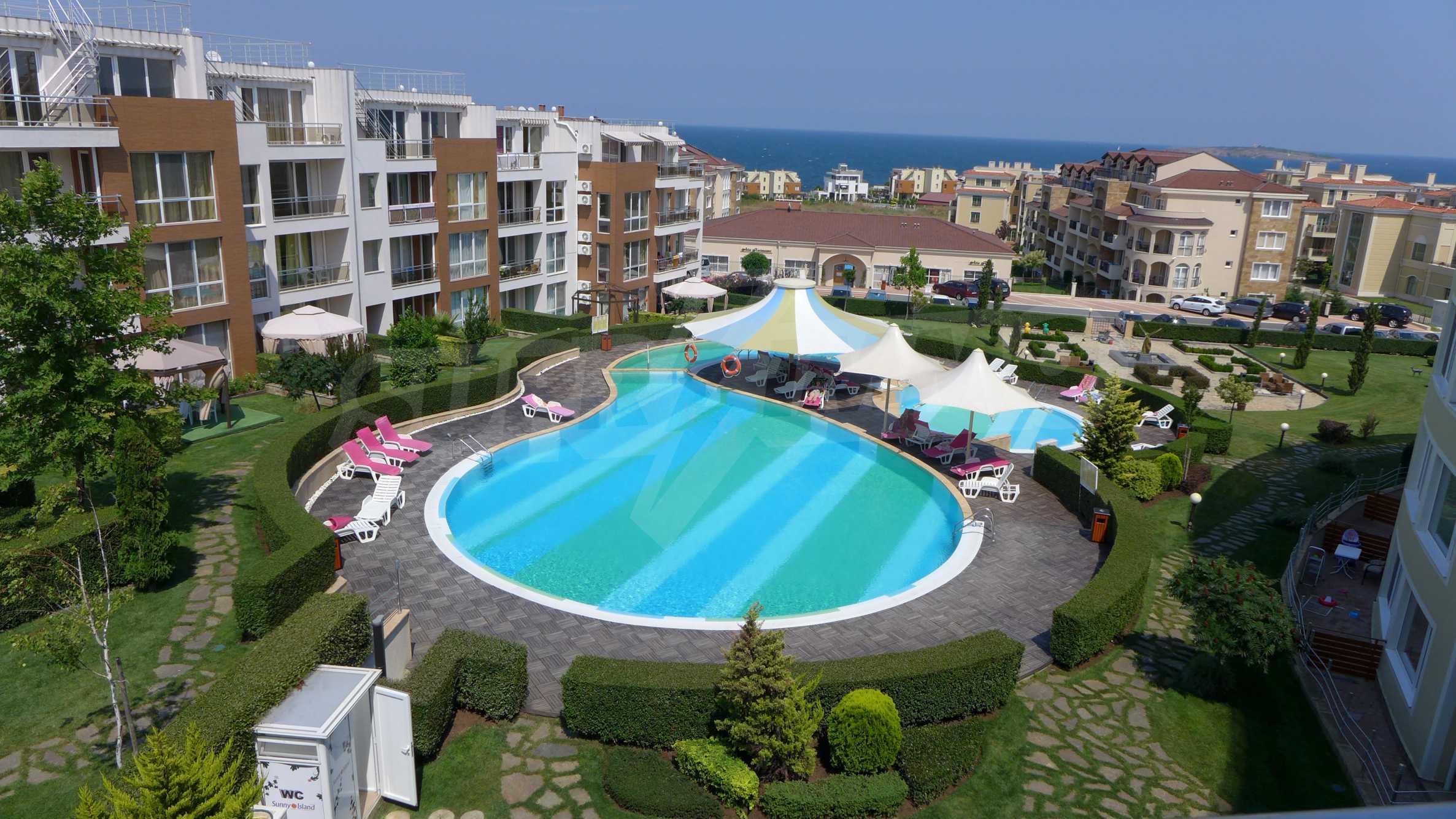 Комплекс «Sunny Island» в Черноморец 1