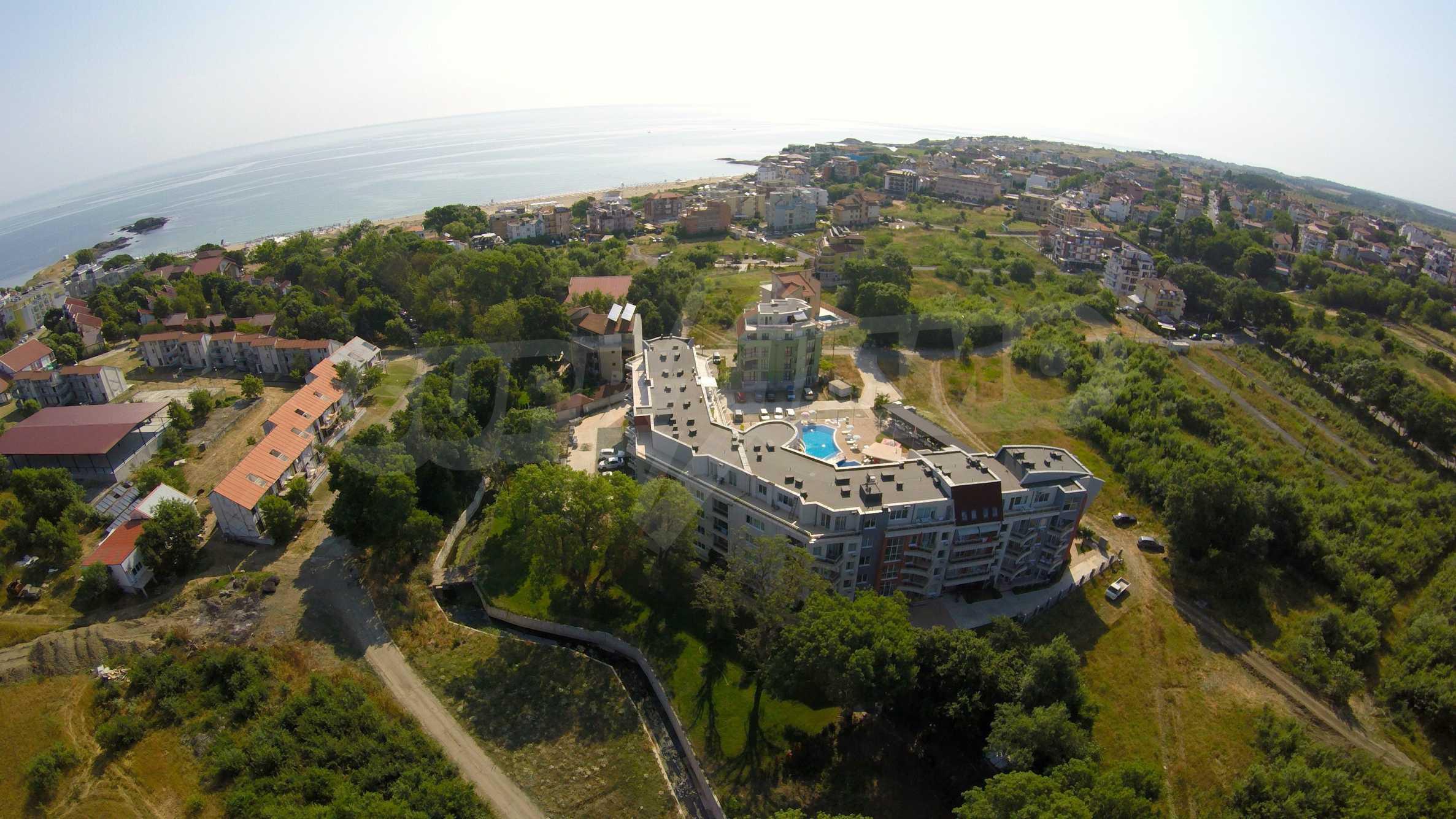 Einrichtung mit Restaurant, Bar und Pool-Bar im Meer-Kurort Lozenets 34