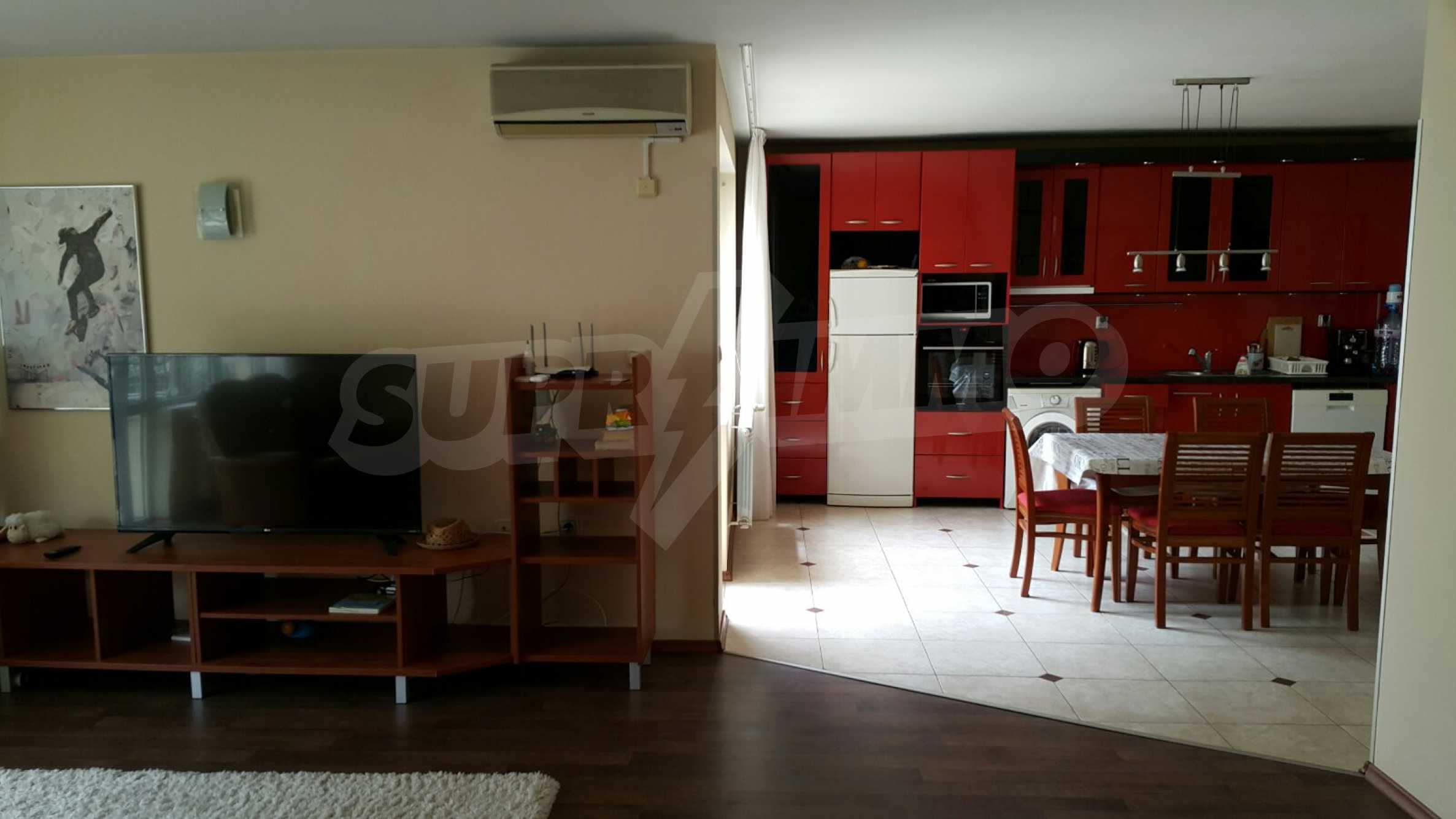 Spacious apartment in the city center 2