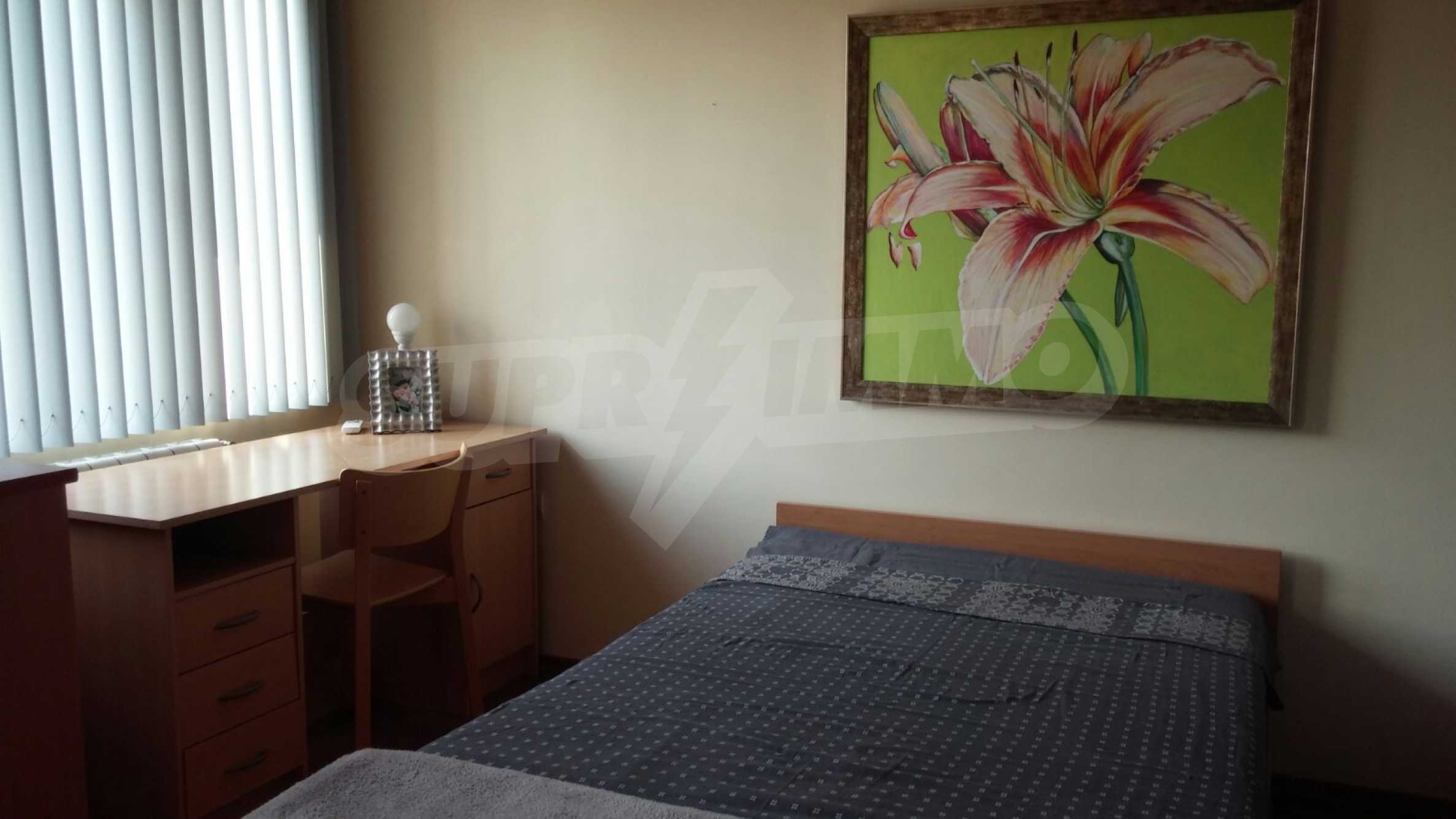 Spacious apartment in the city center 5