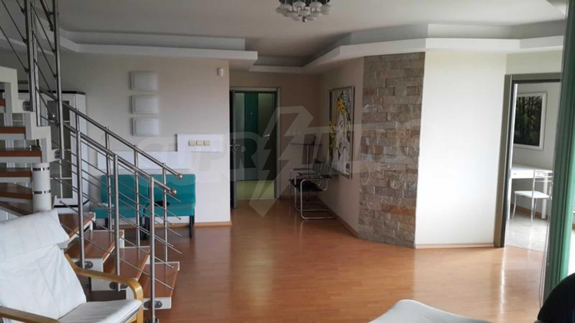 Мезонет с четири спални в централната част на гр. Пловдив 4