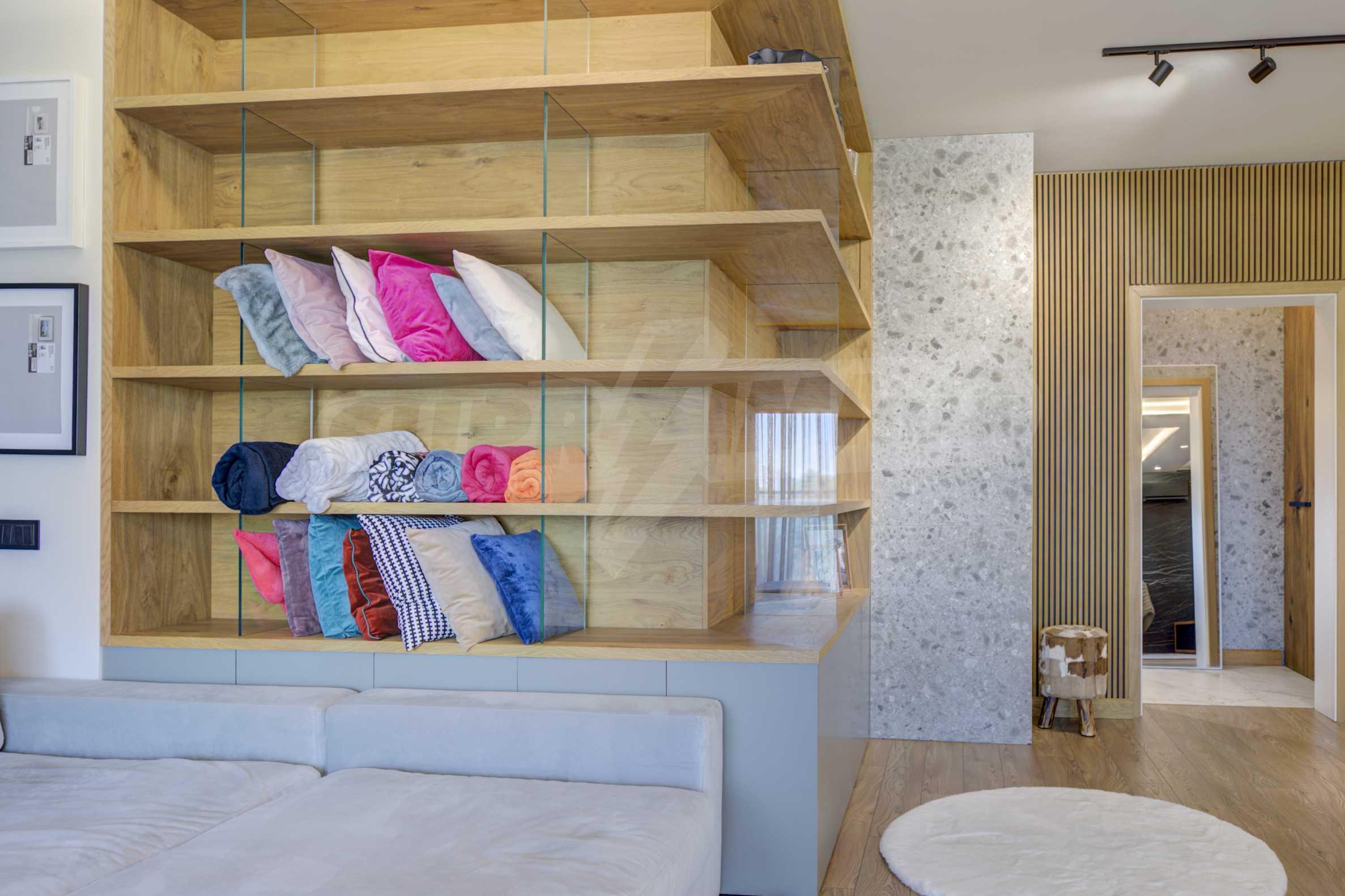 Дизайнерски обзаведен многостаен апартамент 7