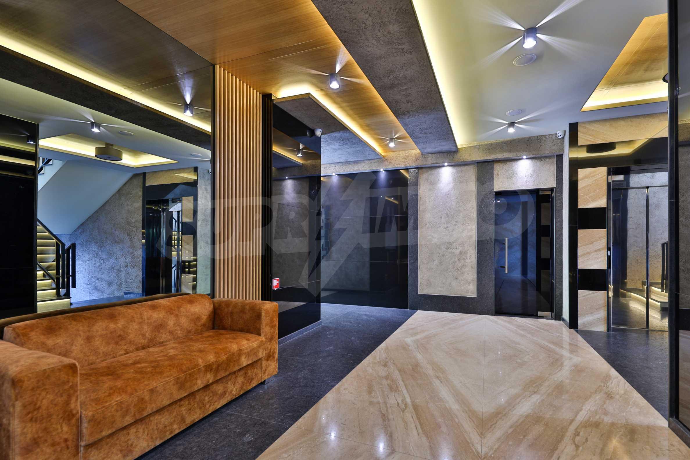 Дизайнерски обзаведен многостаен апартамент 15