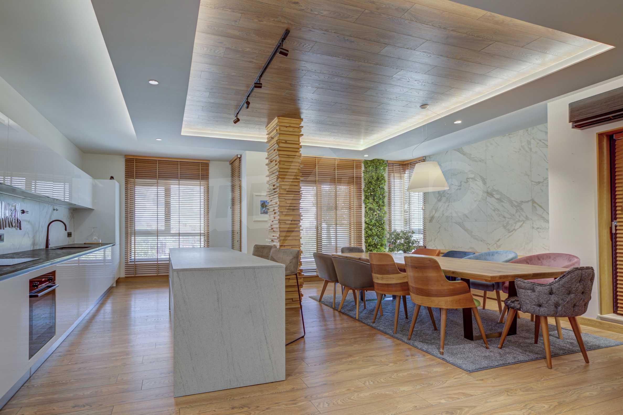 Дизайнерски обзаведен многостаен апартамент 4