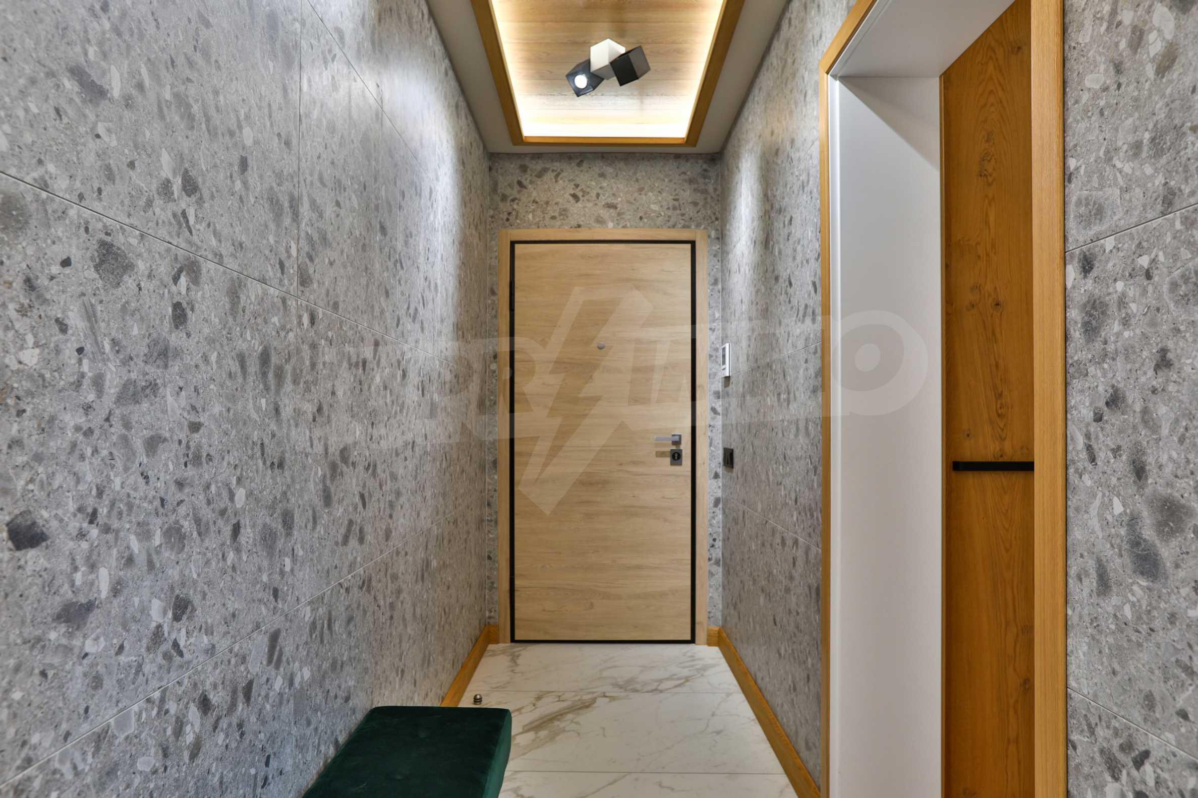 Дизайнерски обзаведен многостаен апартамент 13