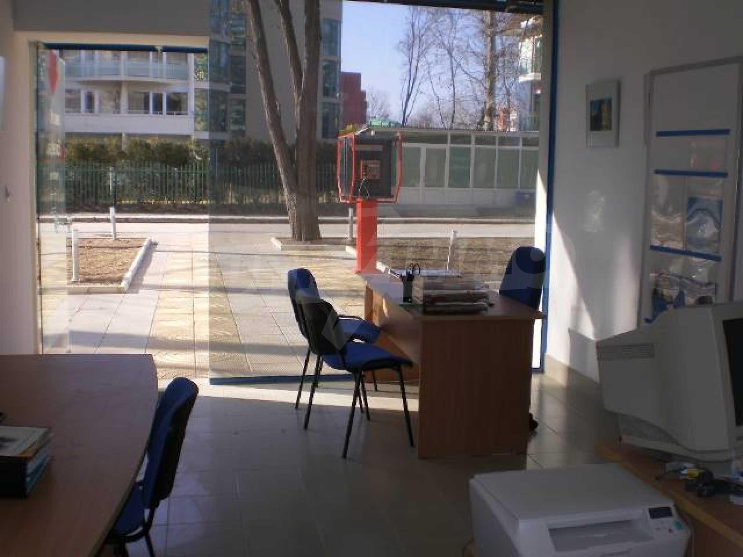 Офис на продажу на Солнечном берегу 2