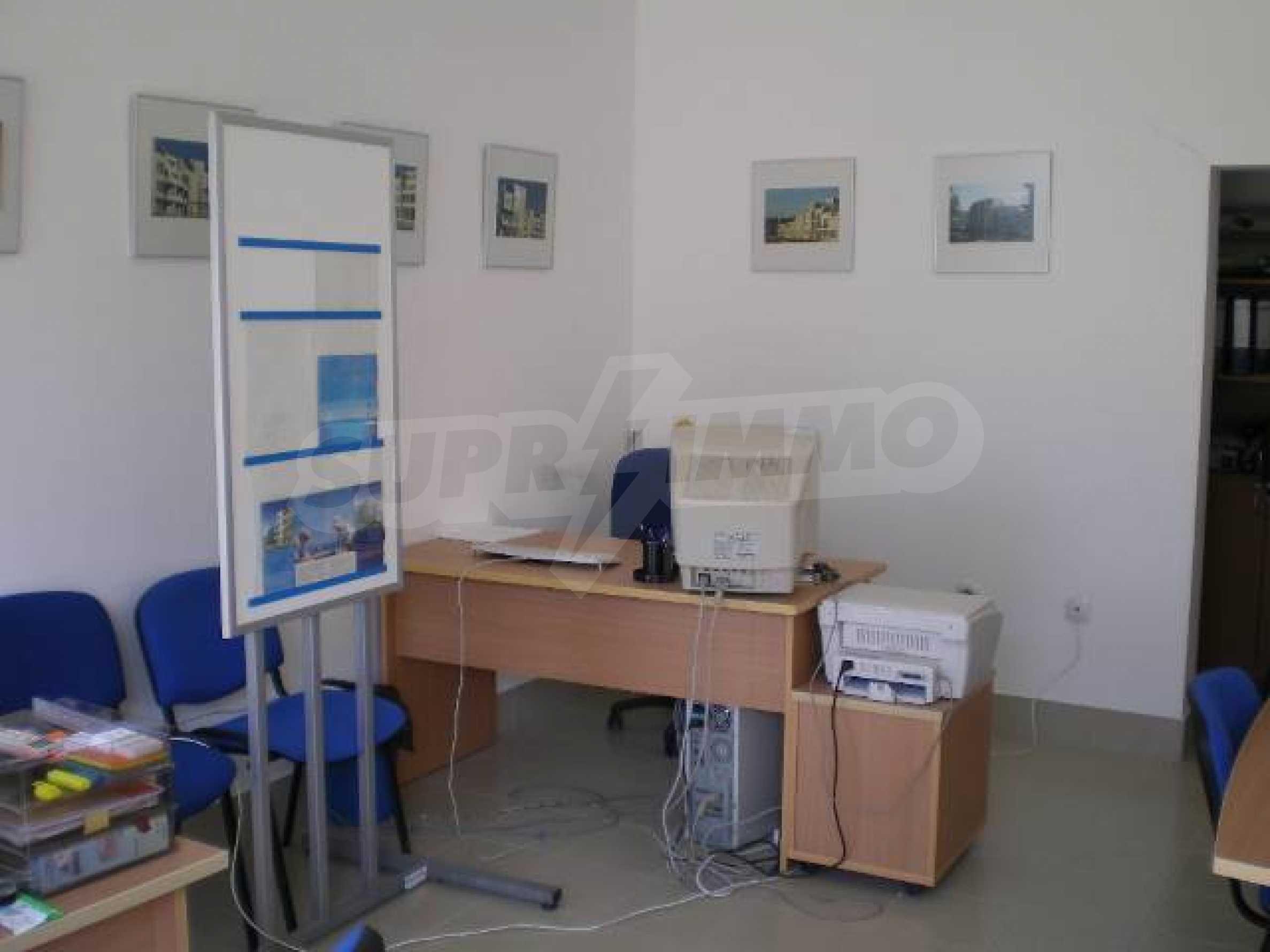 Офис на продажу на Солнечном берегу 4