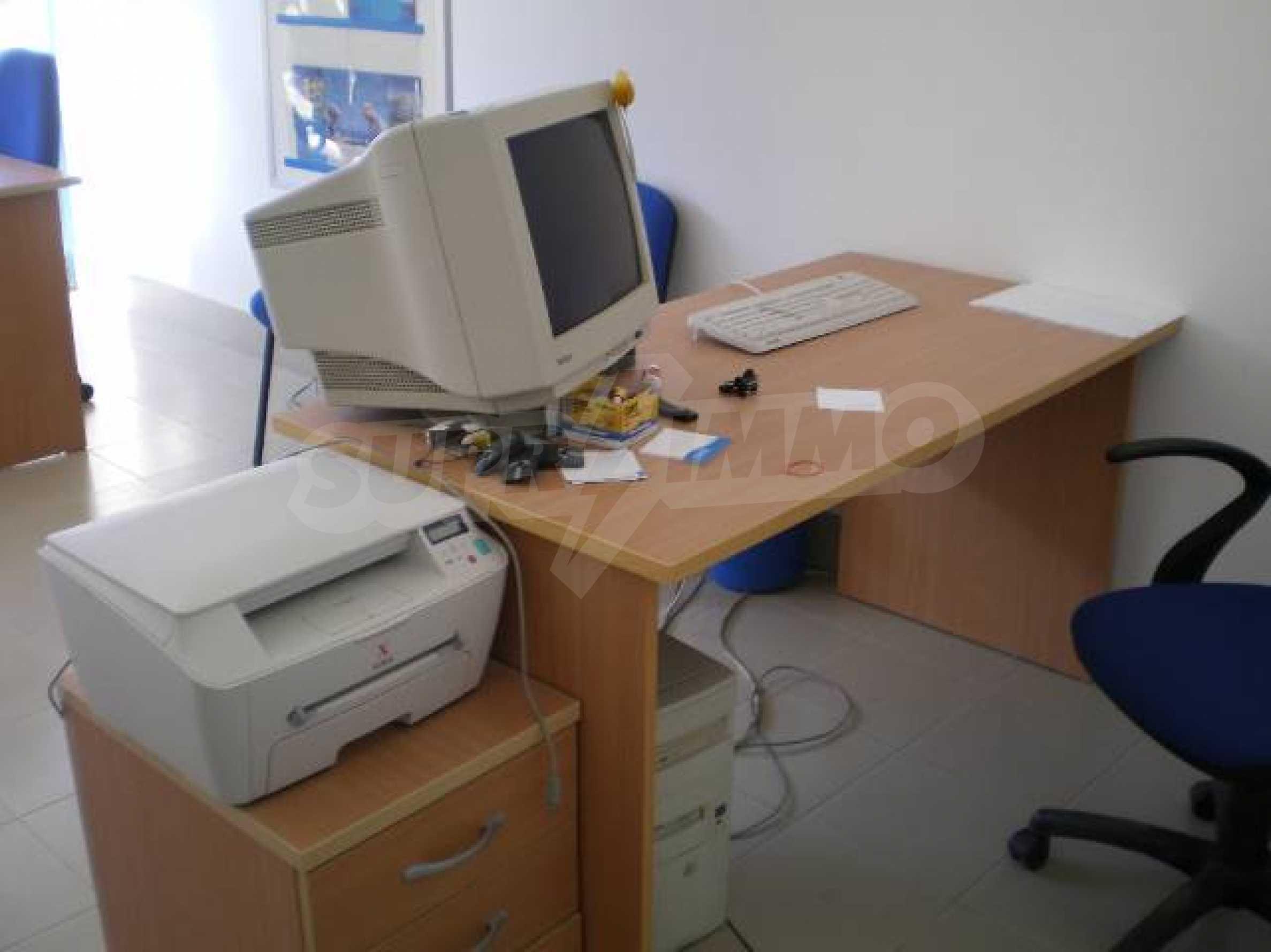 Офис на продажу на Солнечном берегу 6