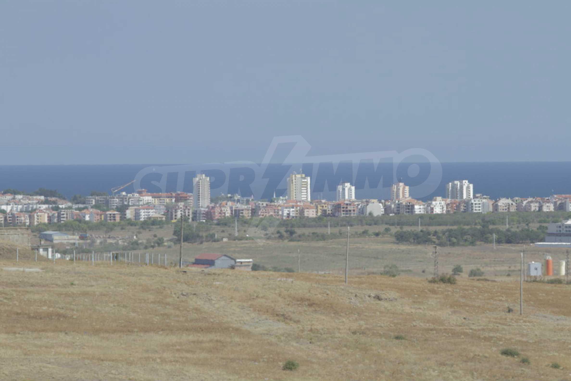 Attraktives Grundstück für Investieren in der Nähe des historischen Komplexes Aheloy 917 und Sonnenstrand, bei Tankowo und Aheloy 20