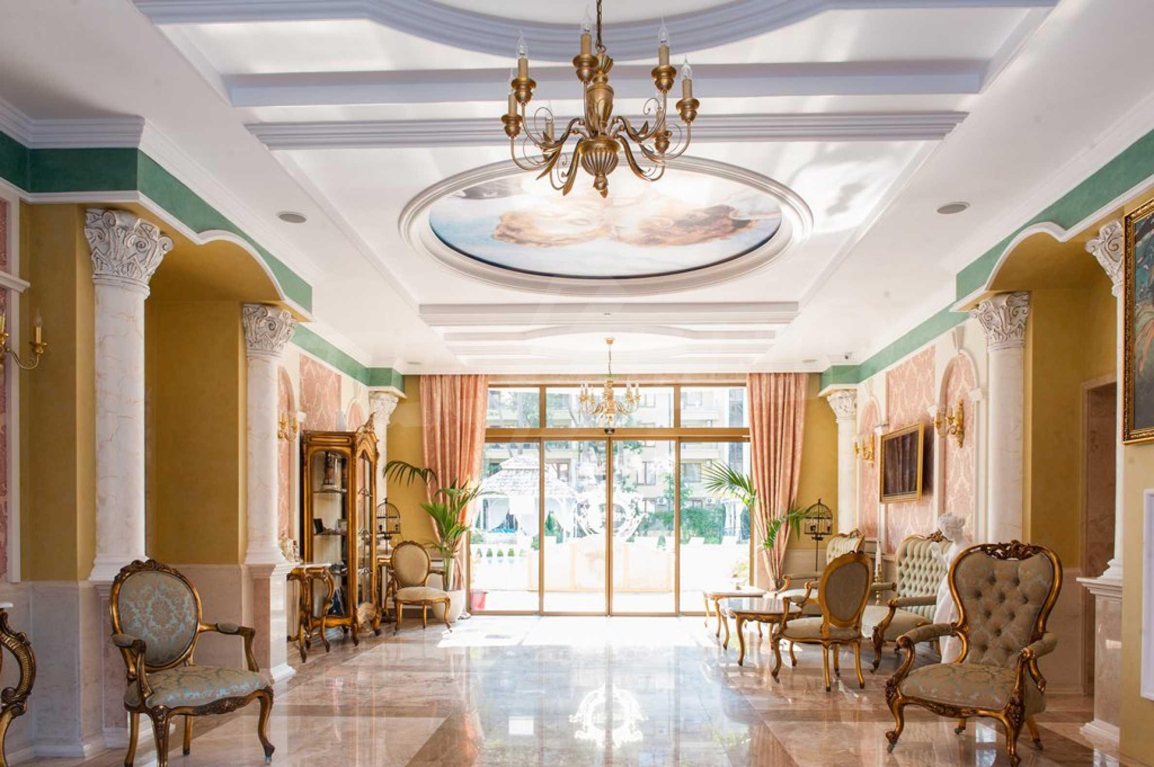 Dawn Park Königlicher Venera Palast 28