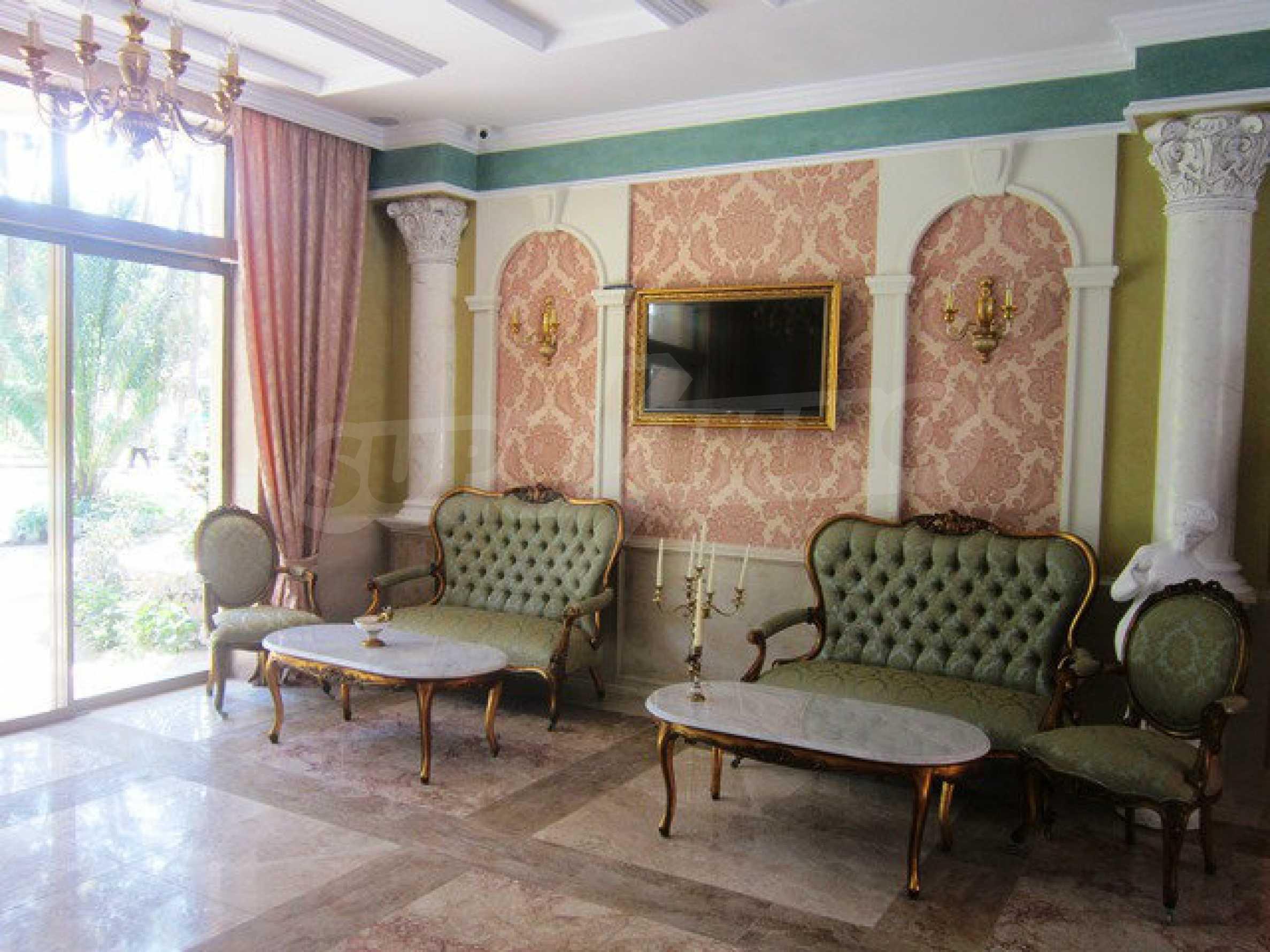 Dawn Park Königlicher Venera Palast 31