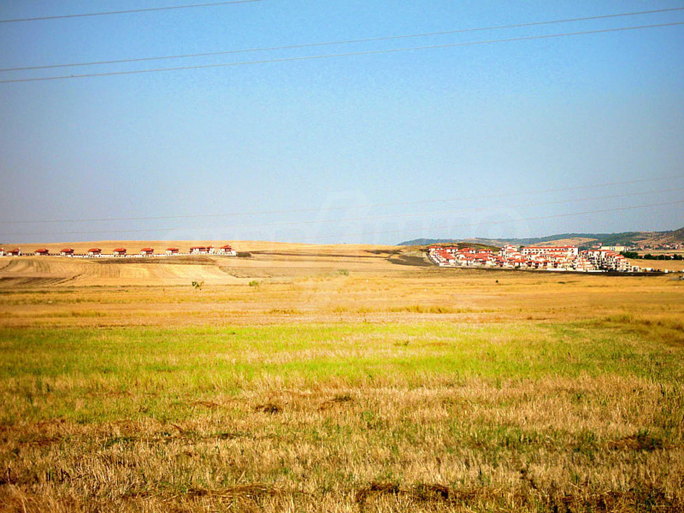 Reguliertes Grundstück 3 km vom Schwarzen Meer entfernt 5