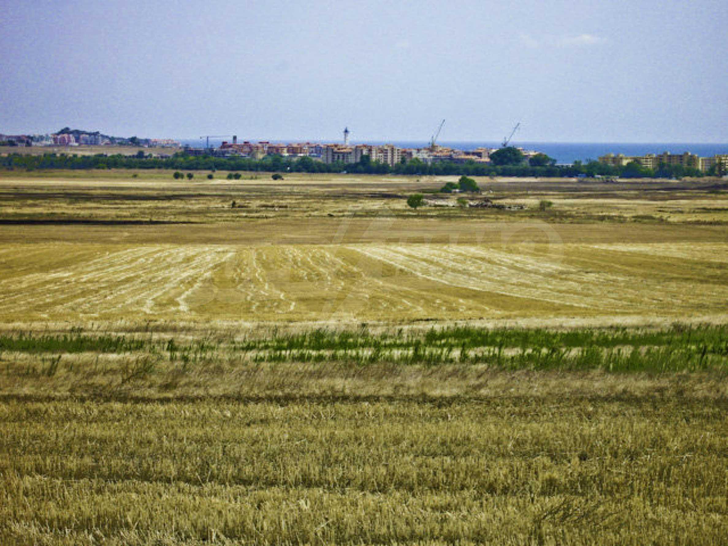 Geregeltes Grundstück zwischen Aheloy und Kableshkovo