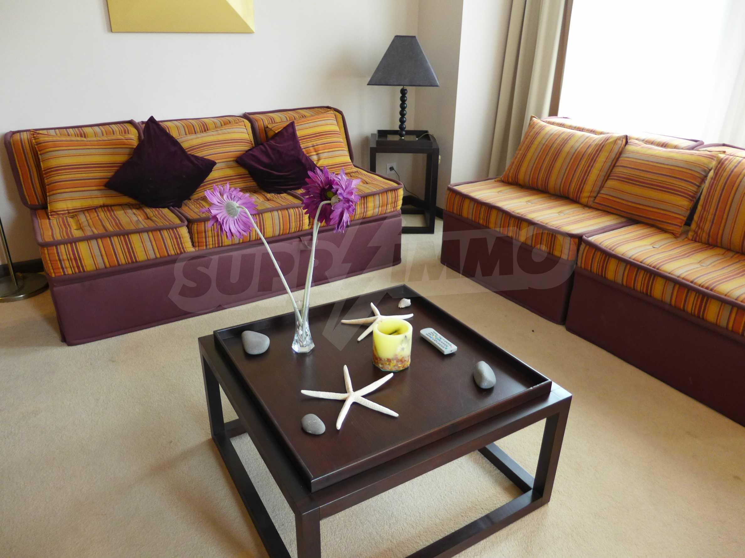 """Apartment mit einem Schlafzimmer im Luxuskomplex """"Royal Beach Barcelo"""" 1"""