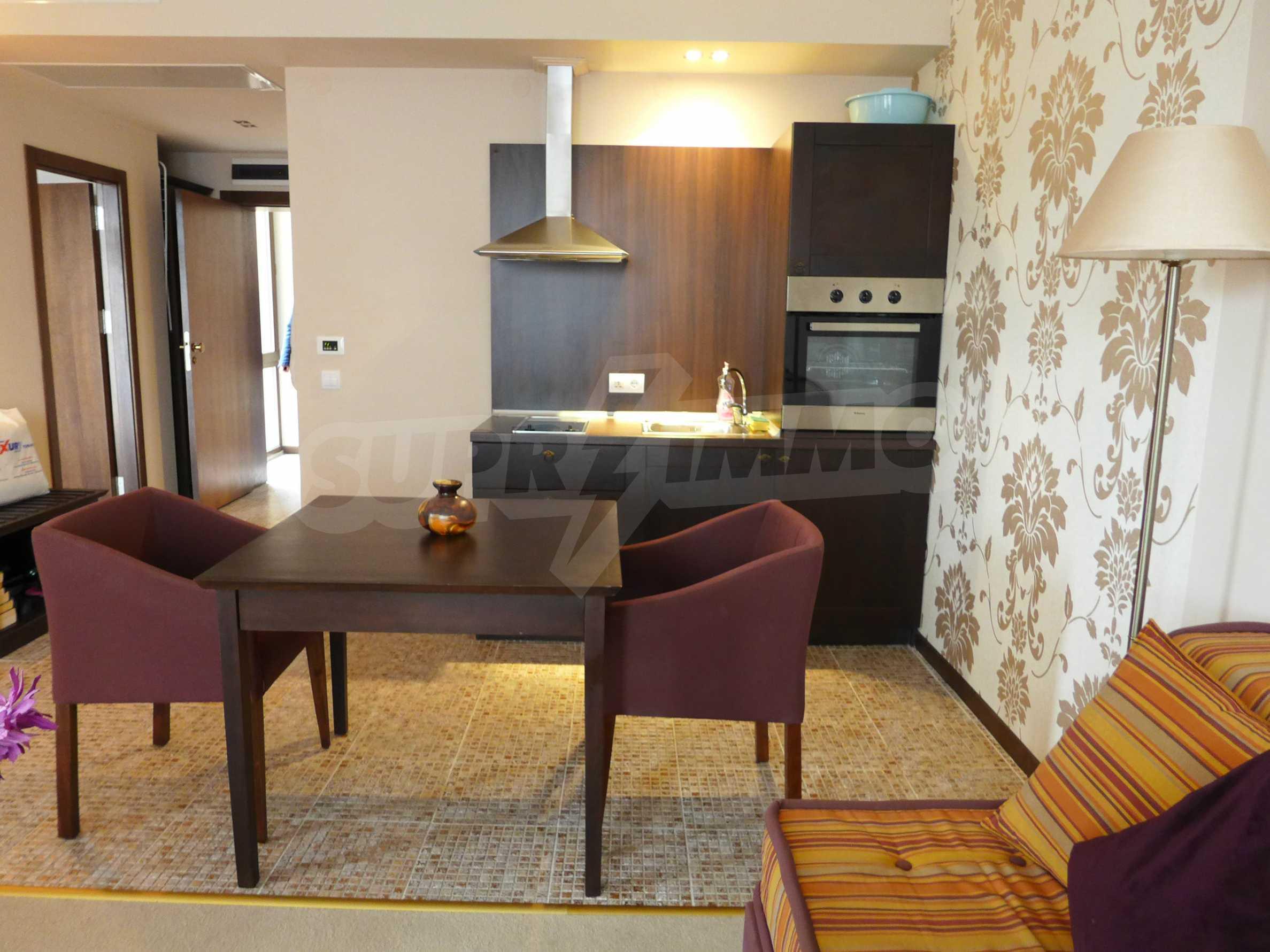 """Apartment mit einem Schlafzimmer im Luxuskomplex """"Royal Beach Barcelo"""" 4"""