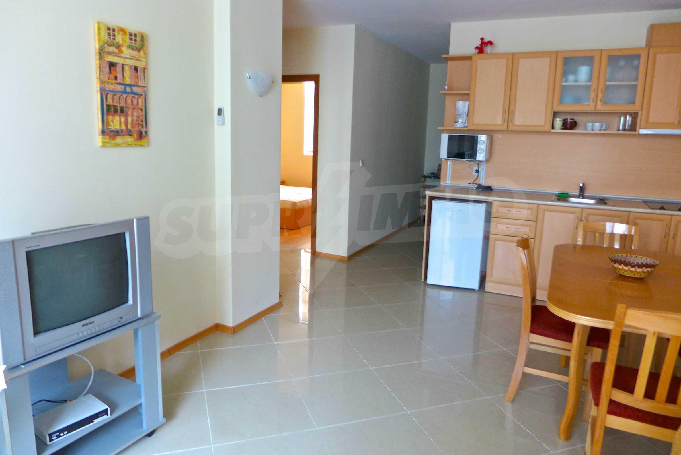 """Geräumige Wohnung mit zwei Schlafzimmern in der geschlossenen Anlage """"Sunset Beach 2"""" 4"""
