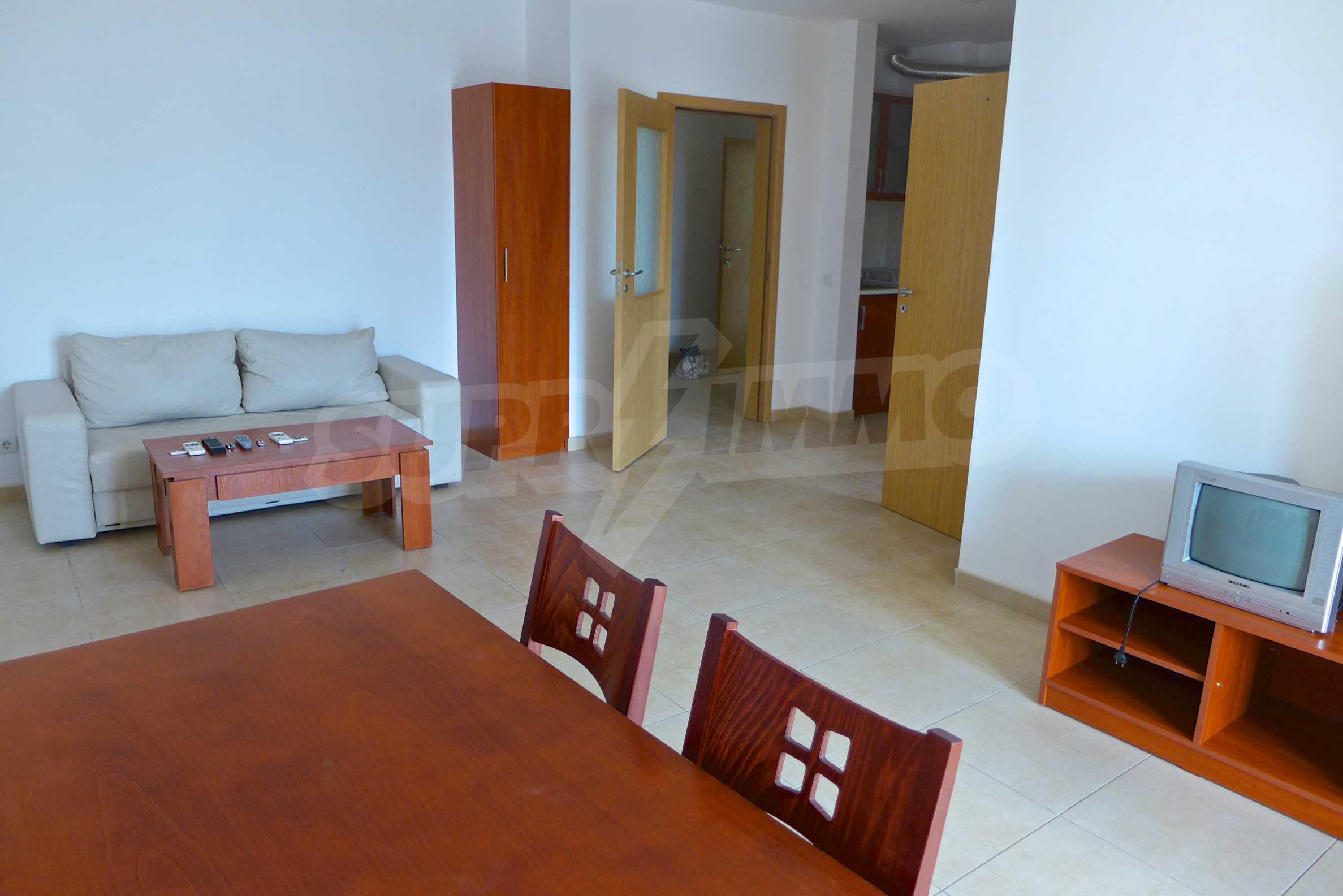 Geräumige Wohnung mit zwei Schlafzimmern in Ashton Hall
