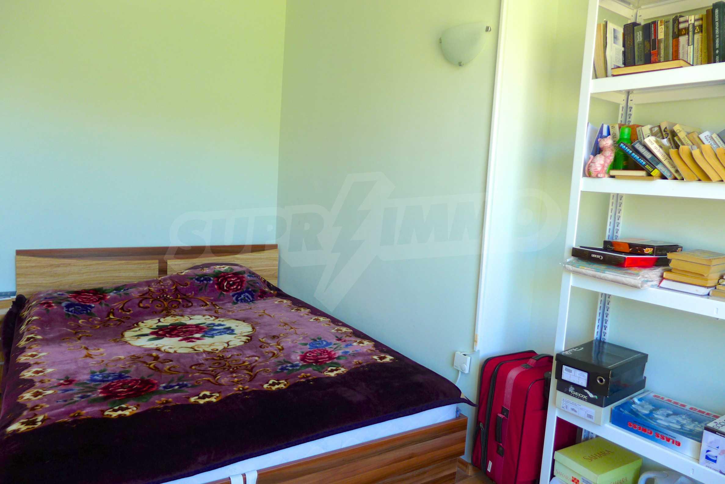 Zwei-Zimmer-Wohnung in Golden Island 13
