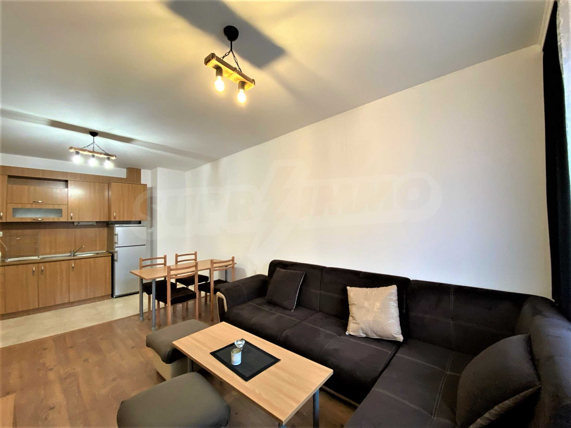 Two-bedroom apartment in a well-maintained building in Bansko 2