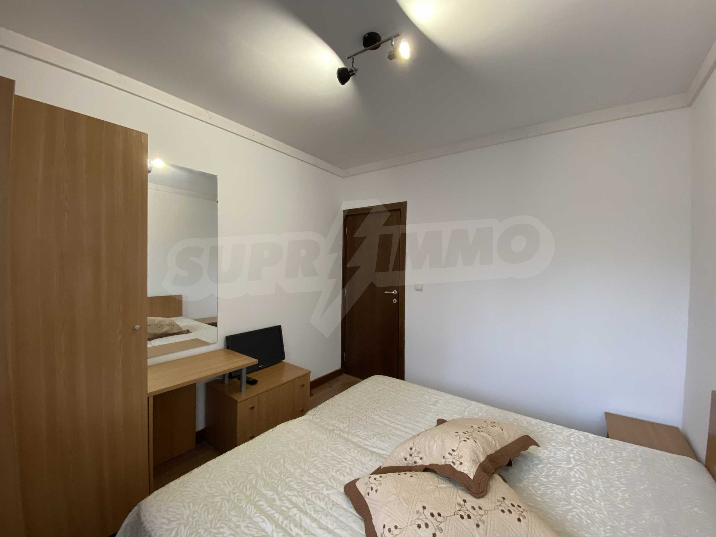 Two-bedroom apartment in a well-maintained building in Bansko 7