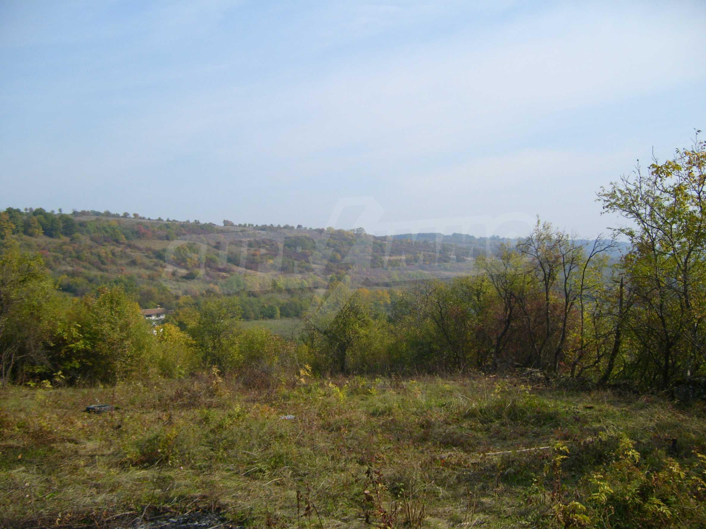 УПИ в планинско село на 17 км от Велико Търново 2