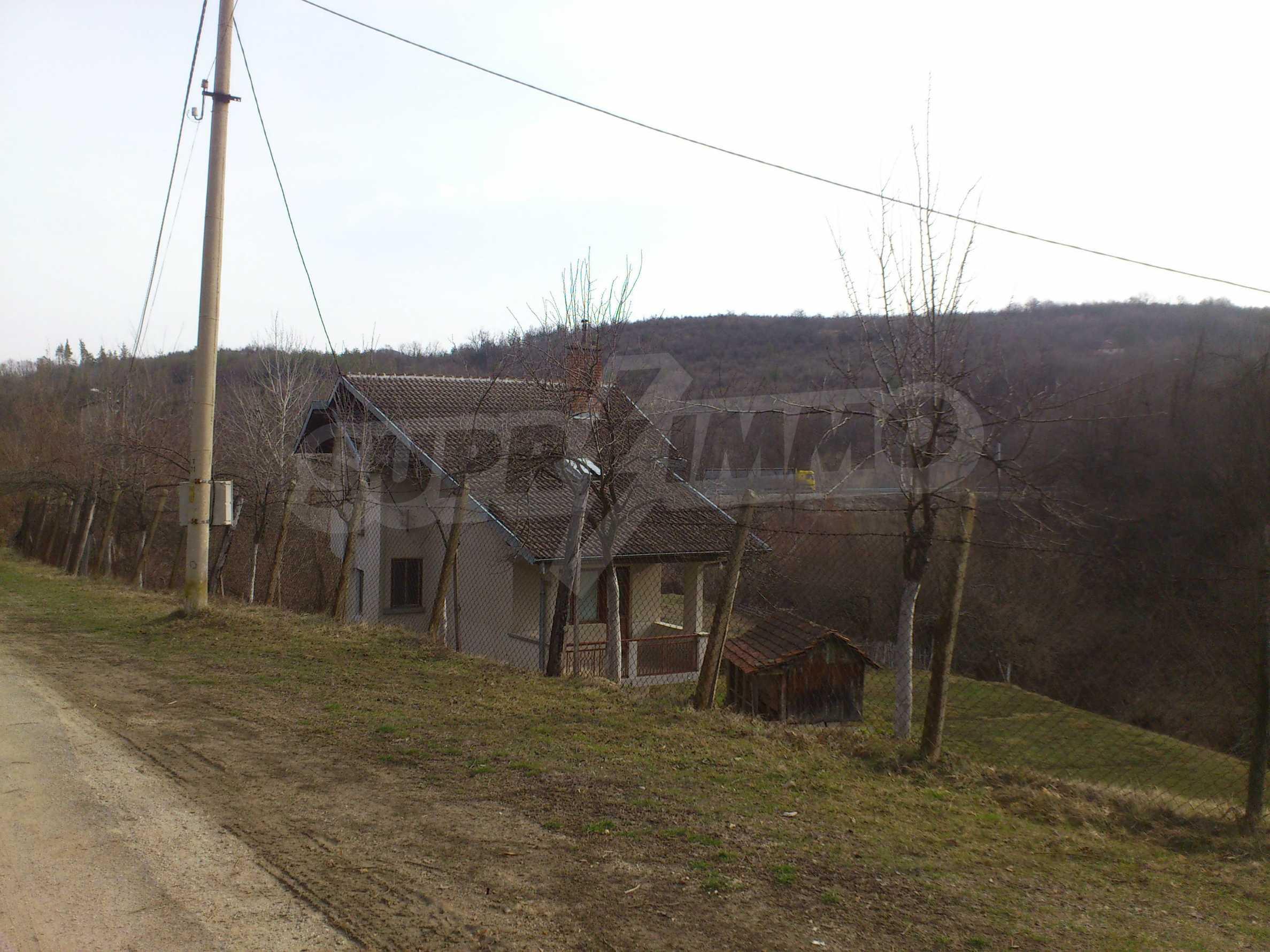 Dreistöckige Villa mit Garage am Flussufer und 32 km von Veliko Tarnovo entfernt 10