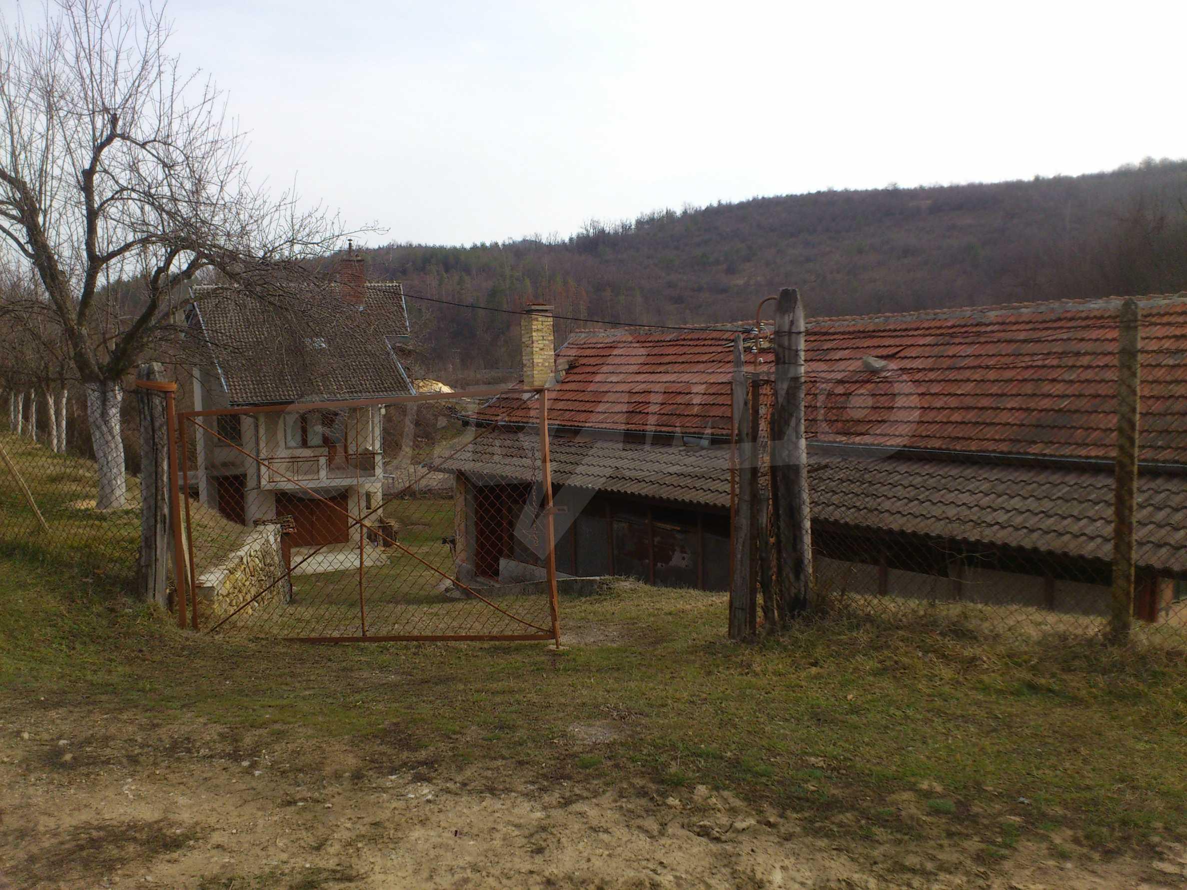 Dreistöckige Villa mit Garage am Flussufer und 32 km von Veliko Tarnovo entfernt 15